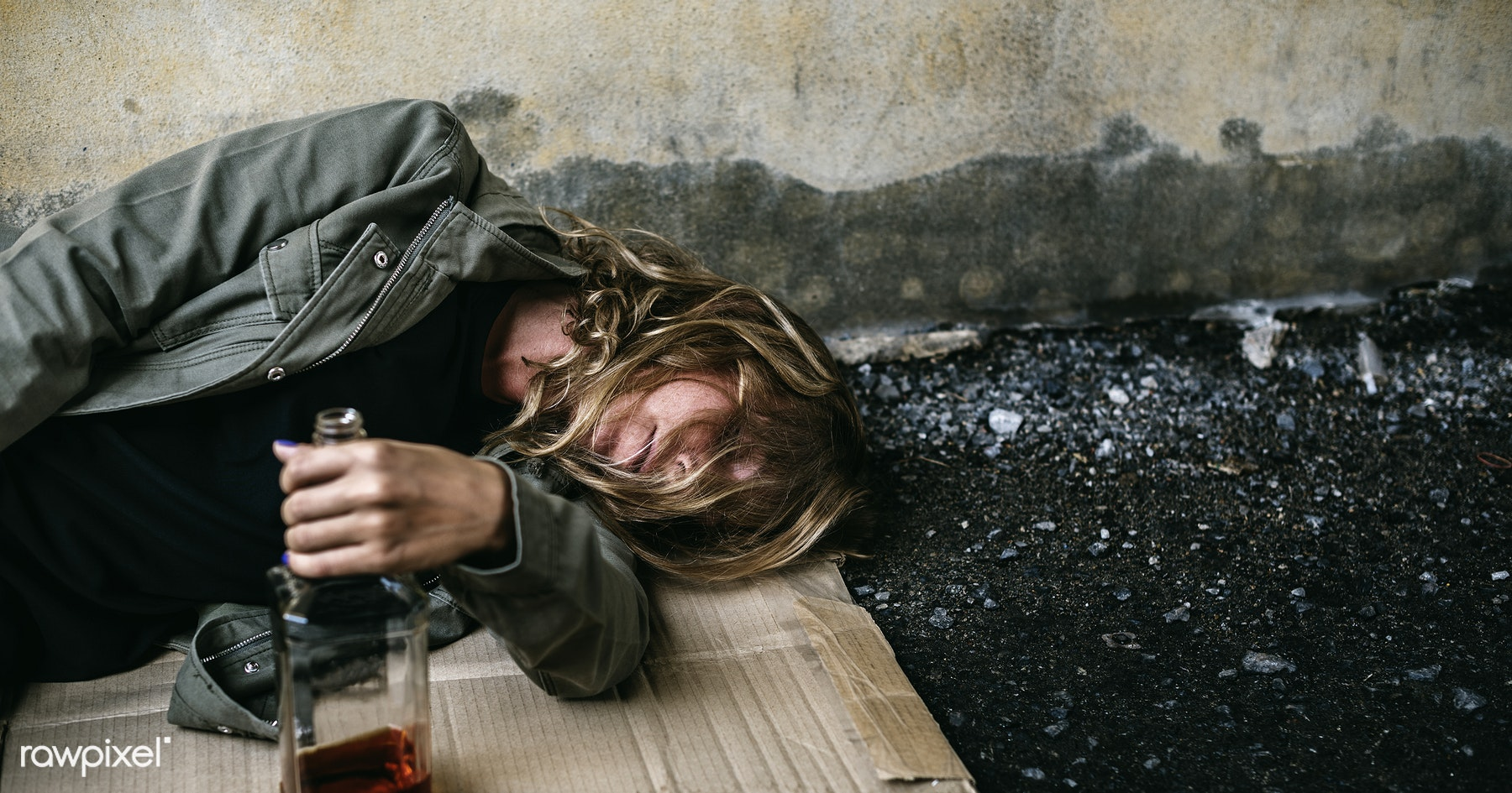 essays about alcohol in teenagers Essay on alcohol abuse in teenagers teenagers try alcohol for the first time everyday teenagers experience the pressures of everyday life therefore, some teens may begin to drink to cope with the stress.