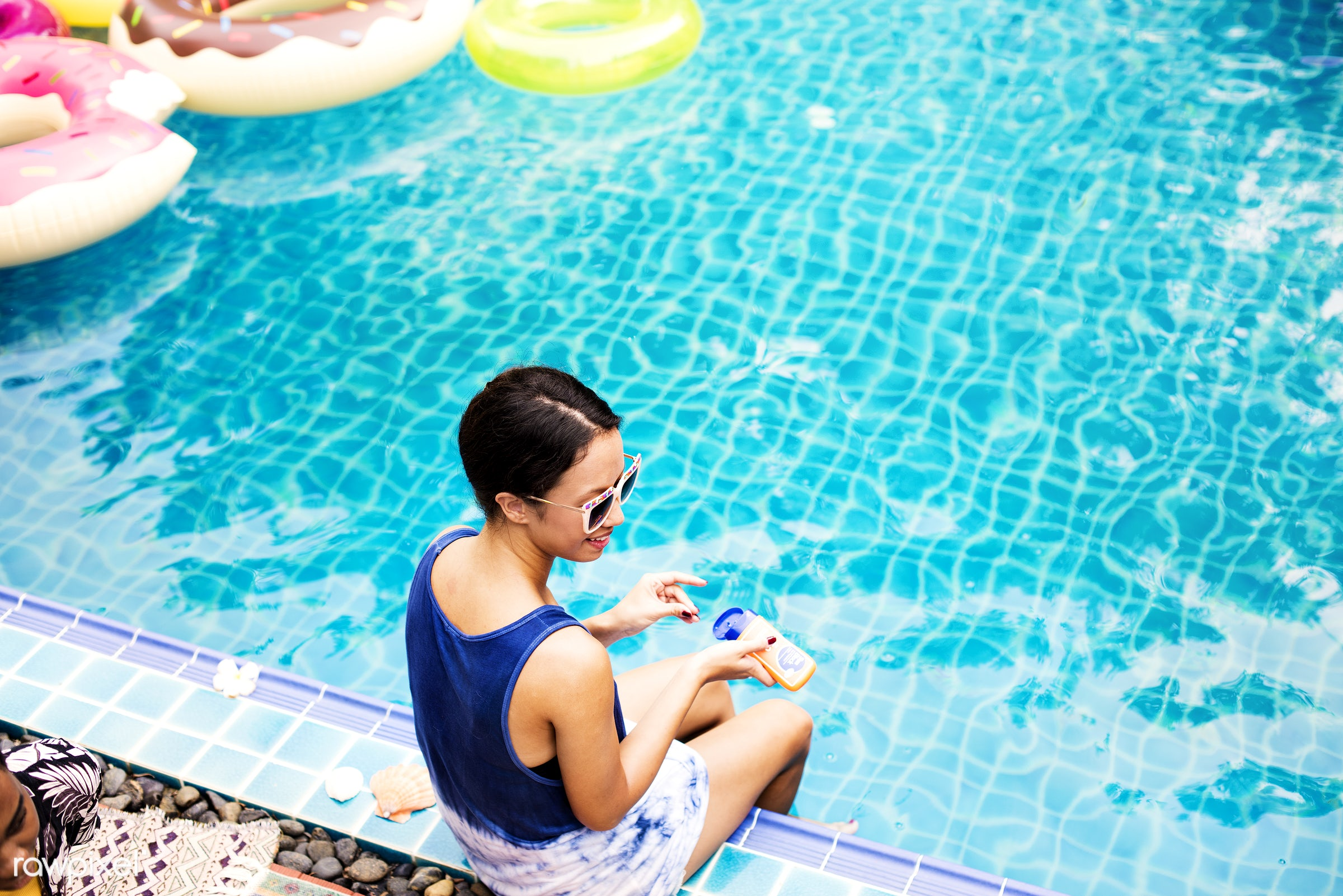 relax, recreation, asian, pool, woman, tubes, cheerful, smiling, enjoying, sunscreen, happiness, leisure, fun, sunglasses,...