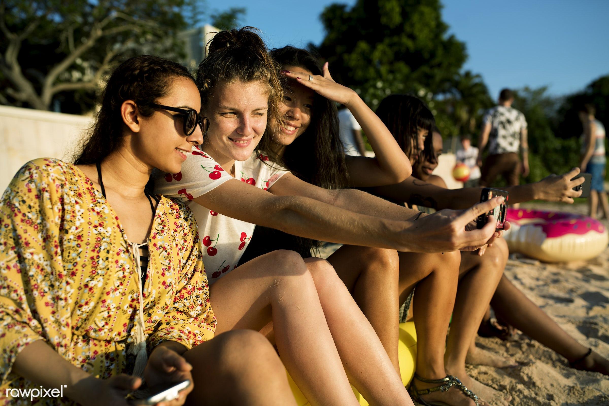 phone, relax, diverse, beach, people, together, coast, break, friends, tattoo, cheerful, activity, closeup, sand, sea, fun,...