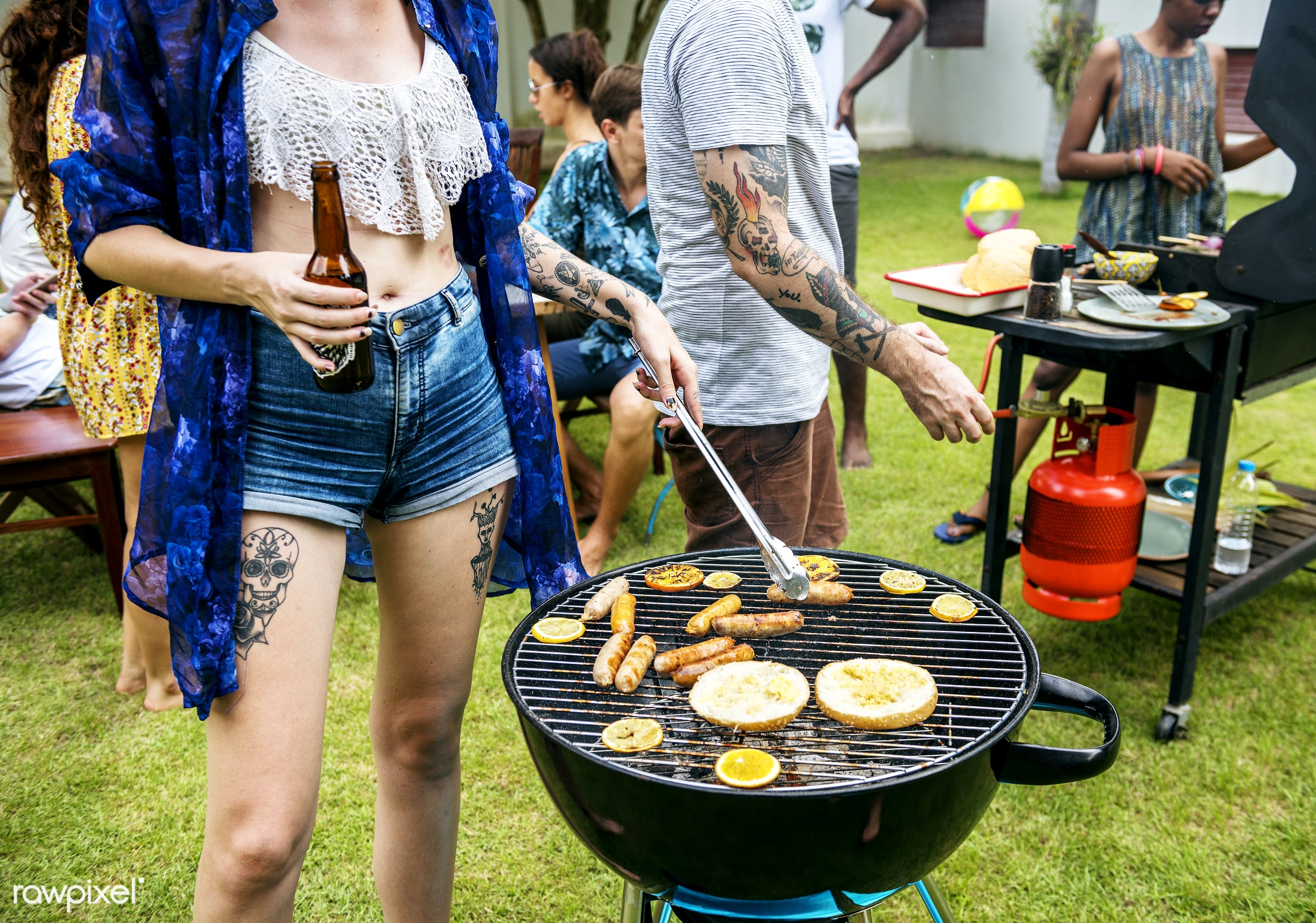 bbq, barbecue, casual, cooking, corns, diverse, feet, food, fresh, friends, garden, grass, grill, group, hands, hanging out...