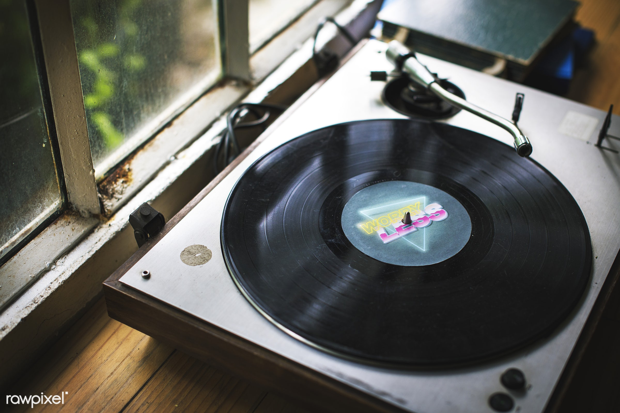 nobody, player, retro, equipment, objects, classic, closeup, music, turntable, vinyl disc, vintage, hobby, play, leisure,...