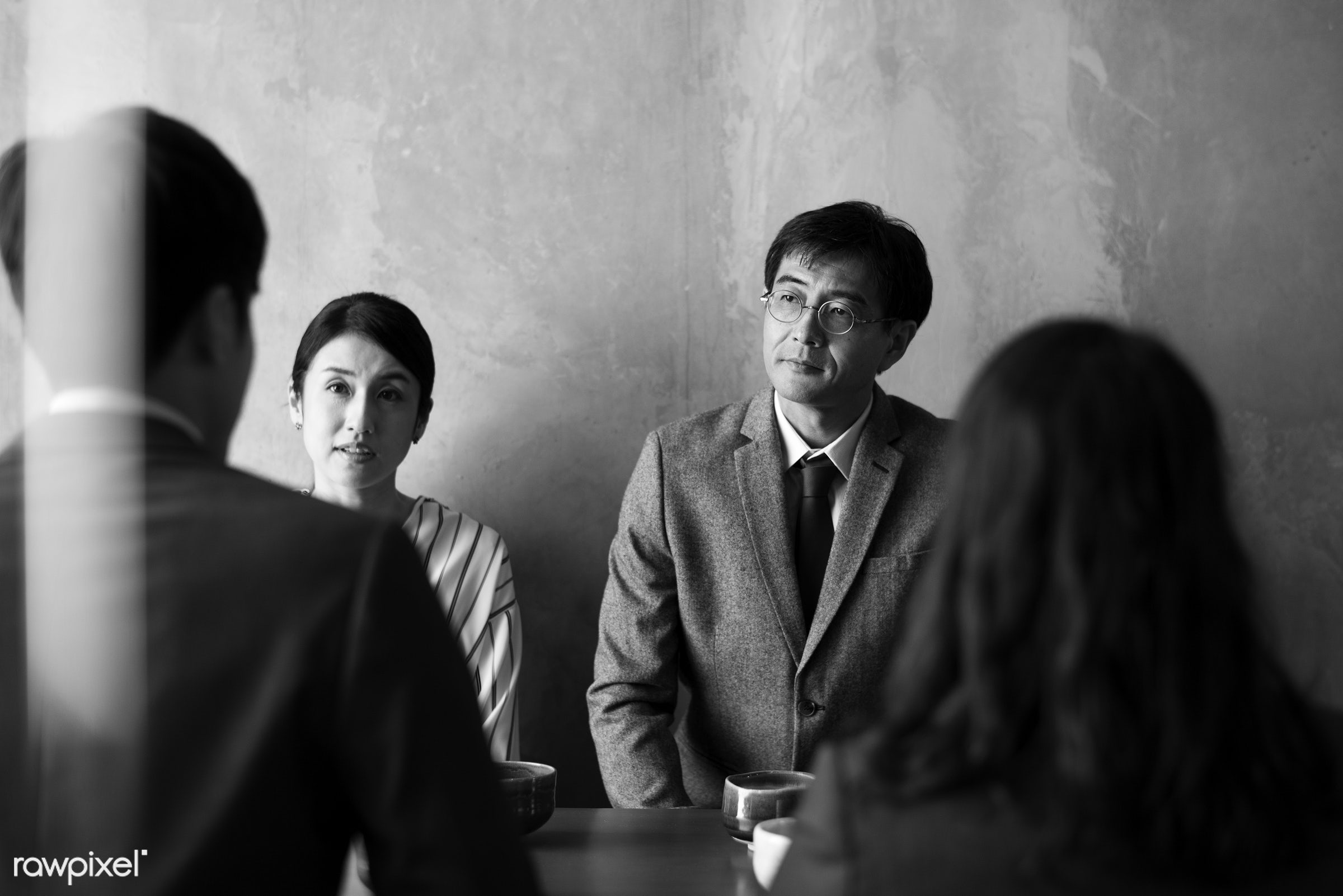 Japanese people discussing - japanese, corporate, asia, asian, business, business people, businessmen, businesswomen, cafe...