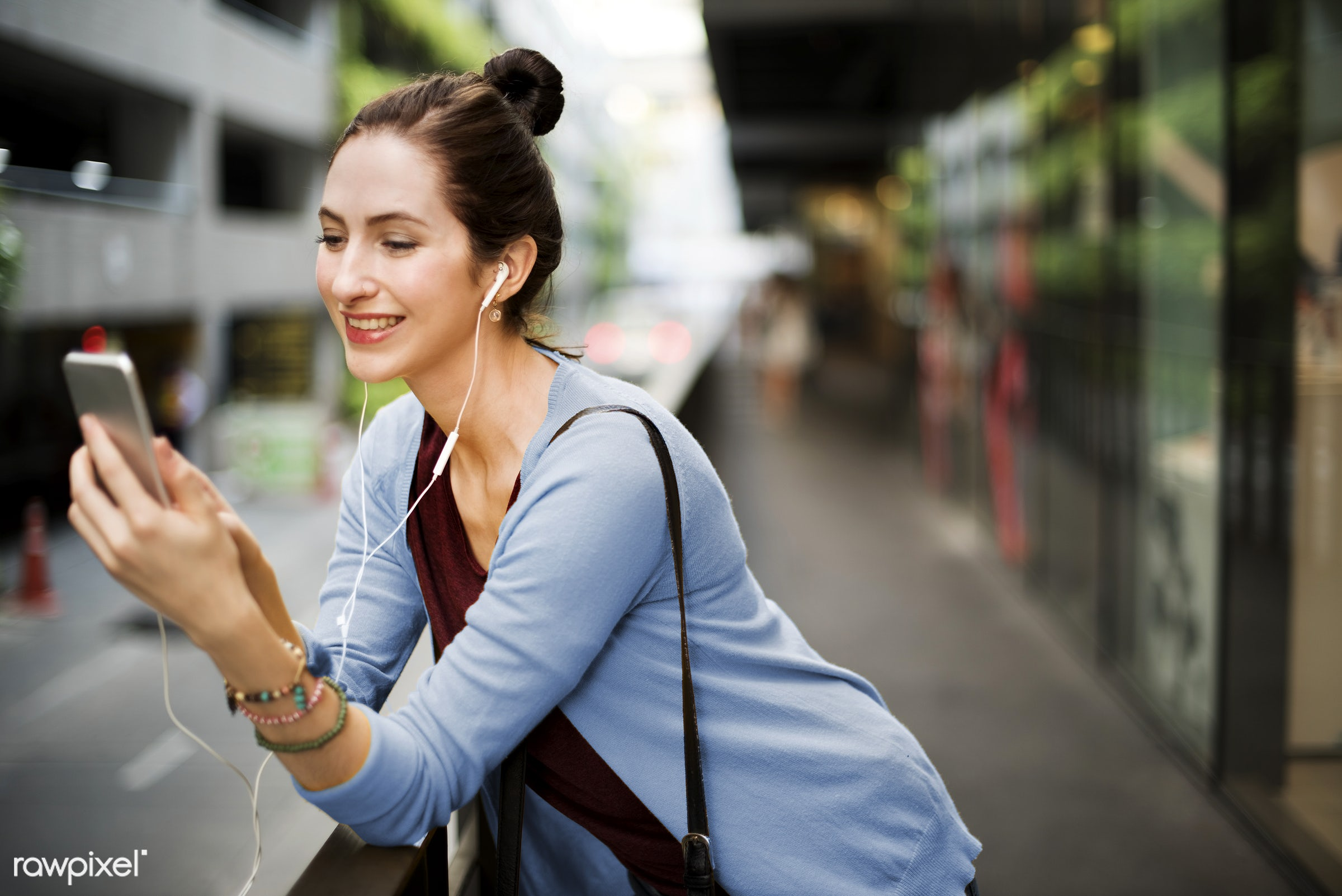 lifestyles, activity, audio equipment, casual, cheerful, chilling, city, connection, earphones, enjoyment, entertainment,...