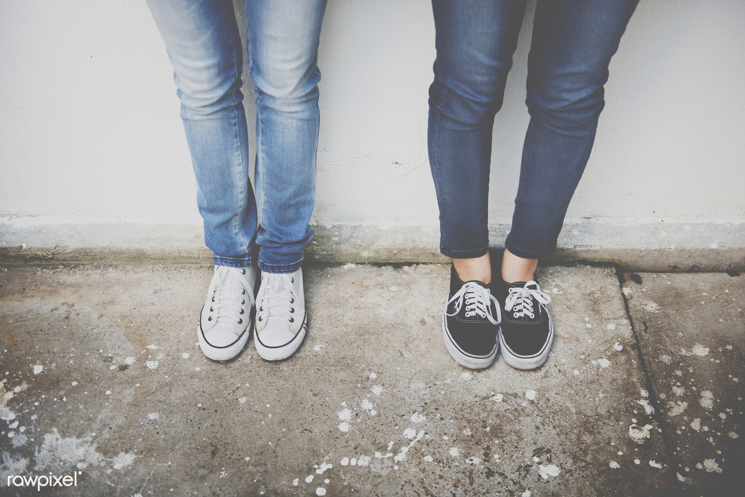 Closeup of pairs of legs in jeans - closeup, foot, friends, friendship, girls, jeans, legs, pair, shoes, sneakers, standing...