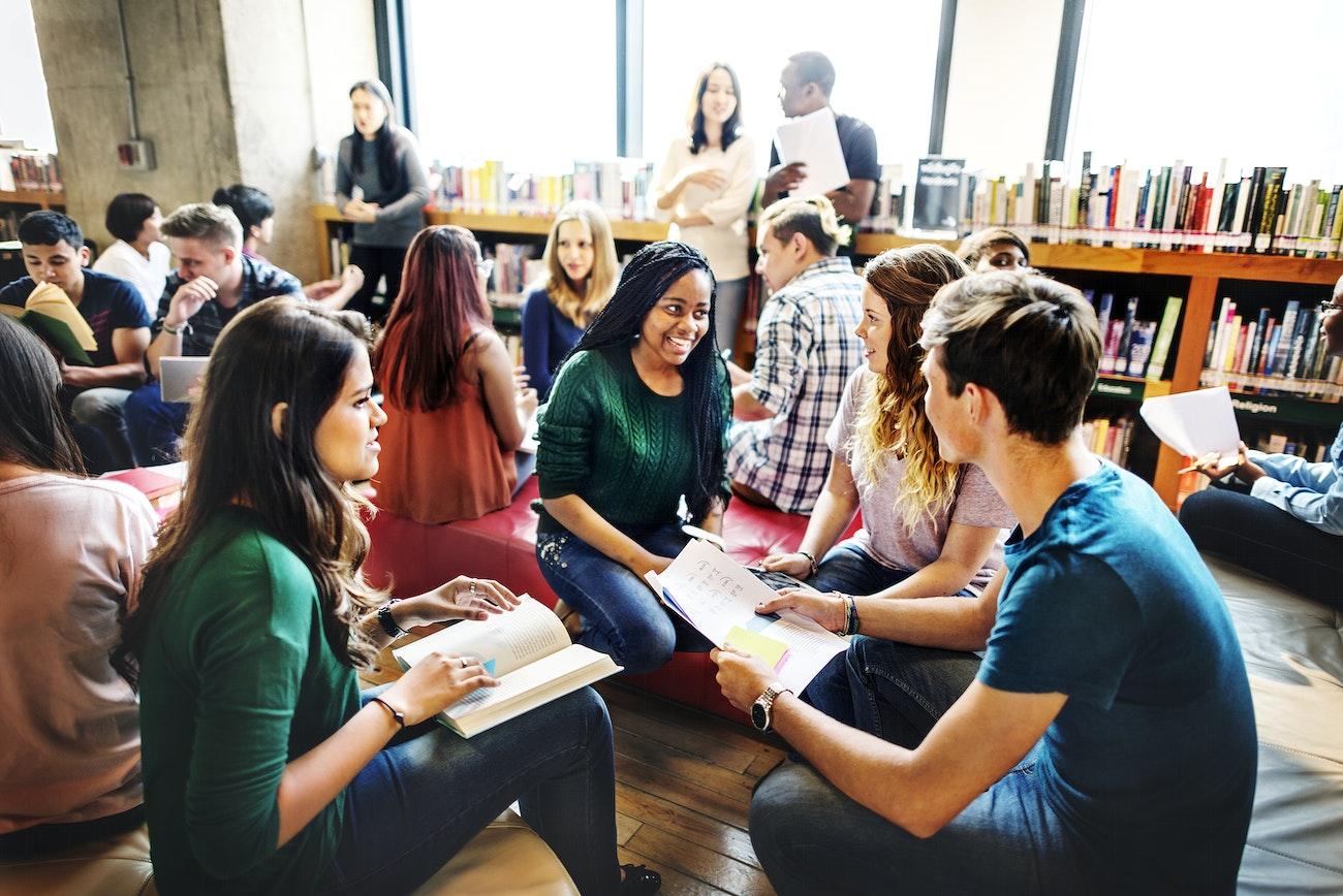O ensino médio no contexto da educação básica