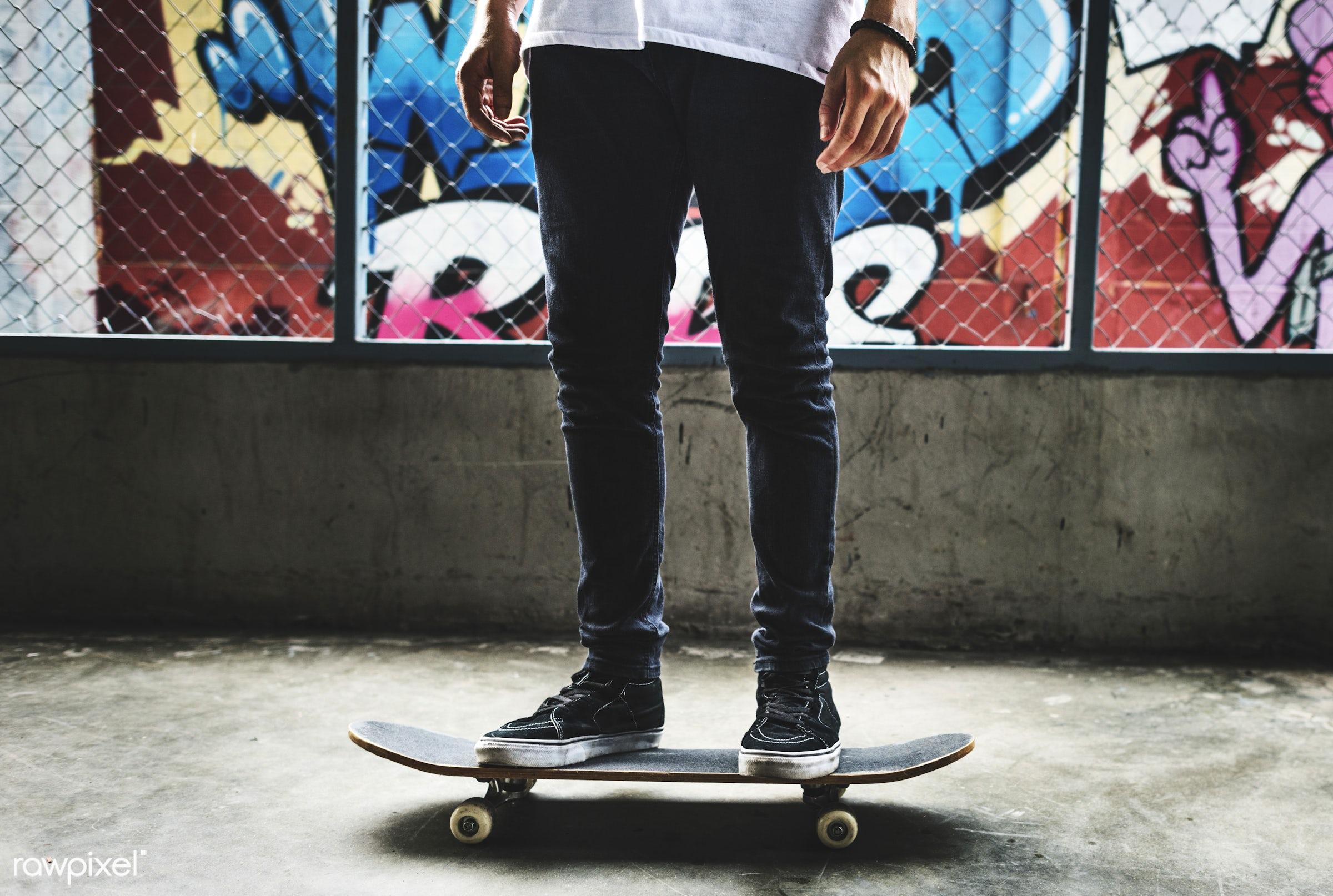 extreme sport, hobby, leisure, recreation, skateboard, skateboarder, legs, alone, standing, activity