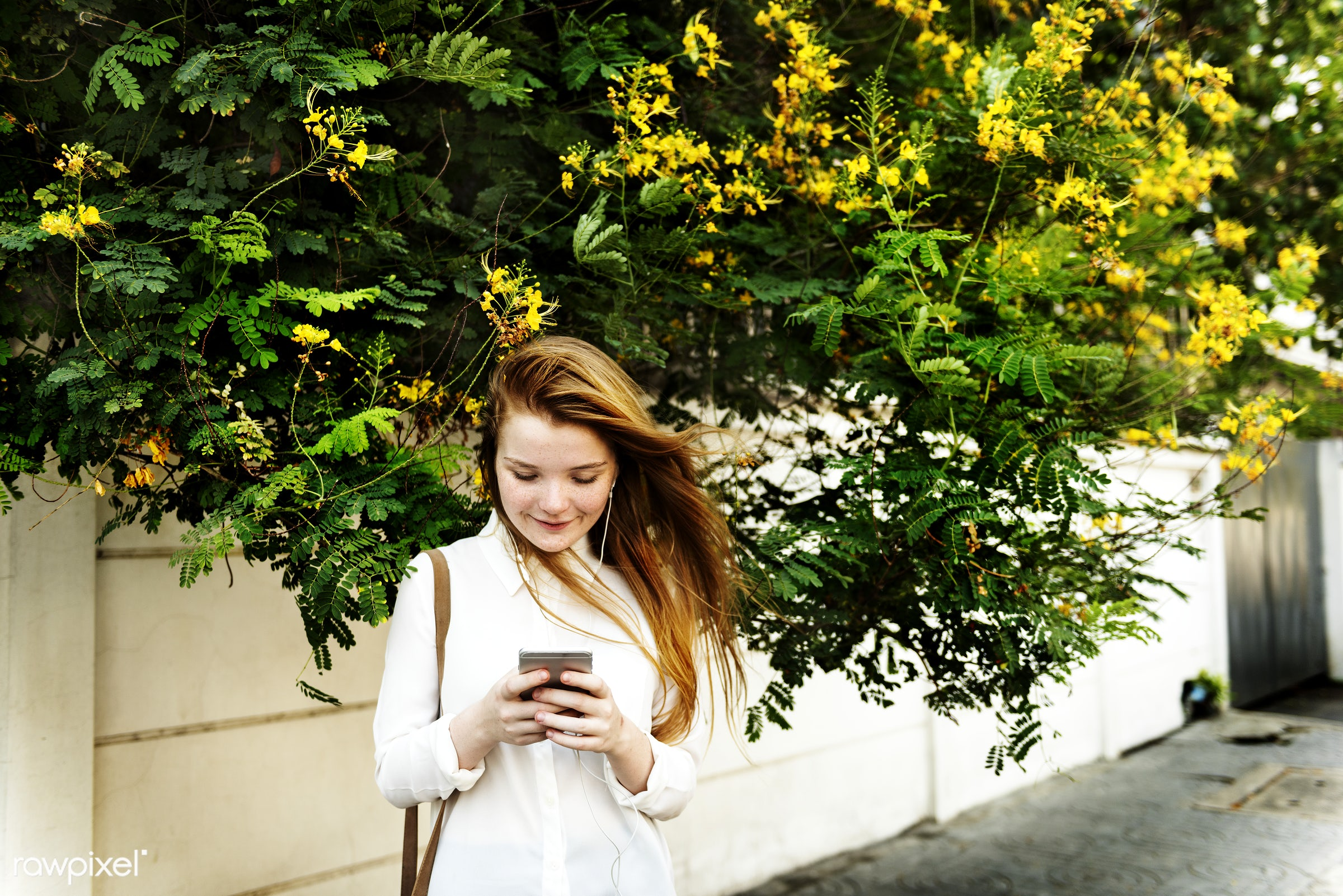 summer, style, teen, traveler, alone, attractive, casual, cheerful, connecting, day, device, digital, enjoyment, experience...
