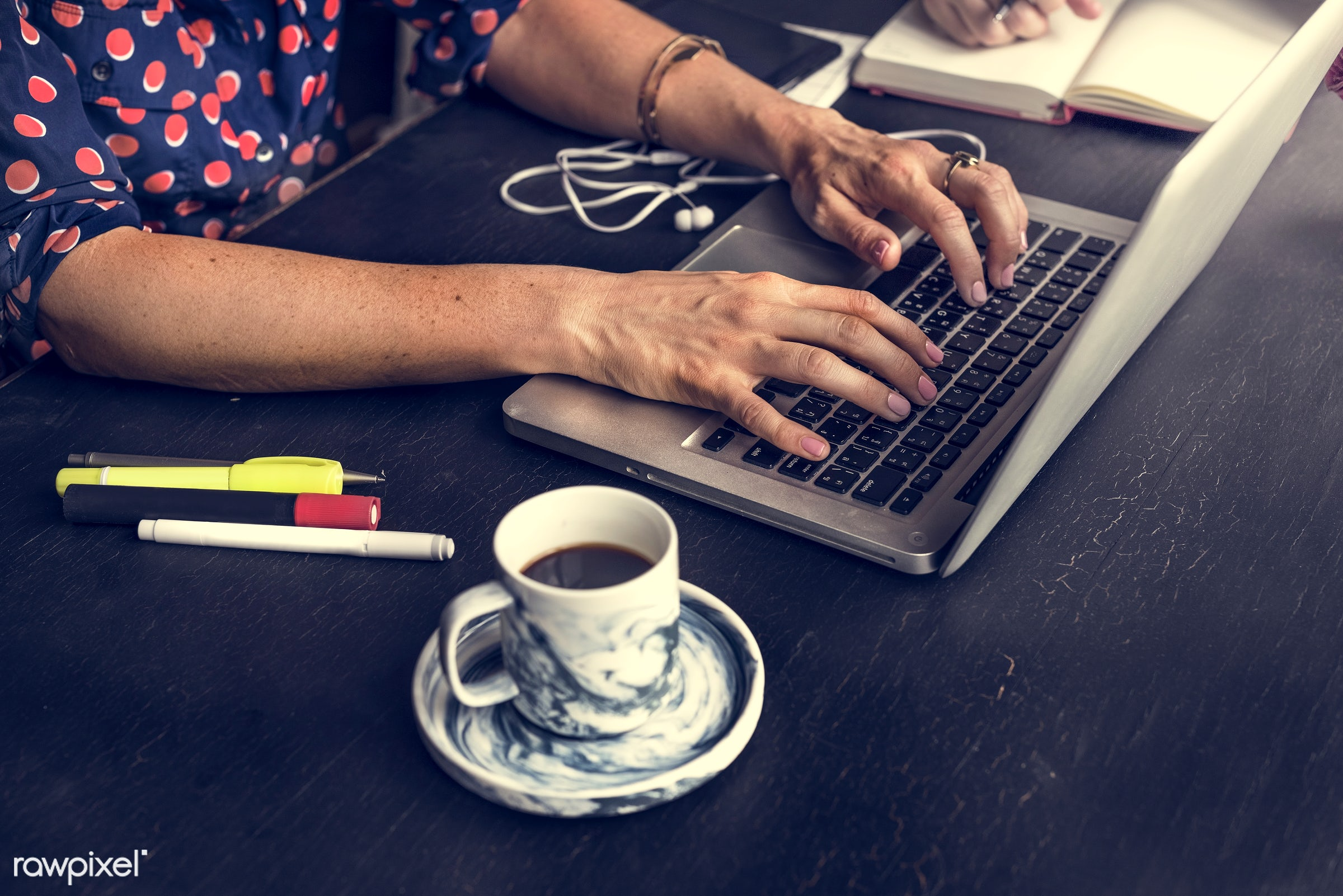 cup, person, technology, workspace, workplace, desk, type, people, pens, search, hands, woman, drink, laptop, typing,...