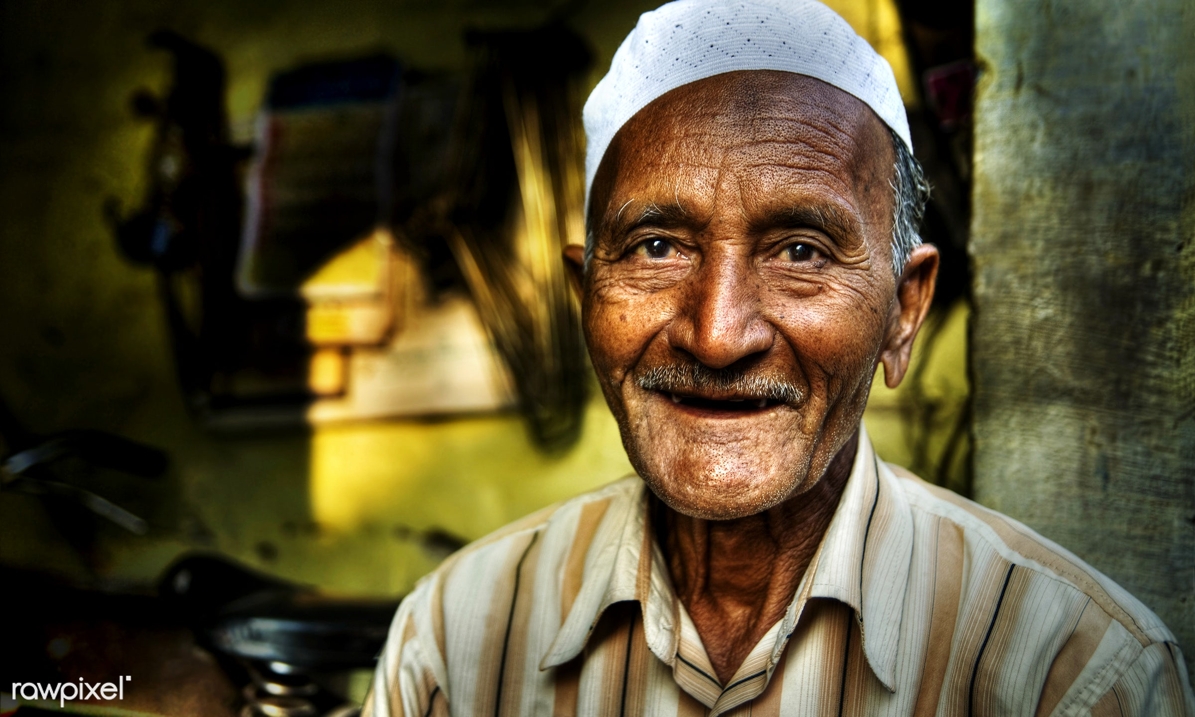 Portrait of a happy Indian man - poverty, adult, asia, asian ethnicity, characters, cheerful, concepts and ideas, ethnic,...
