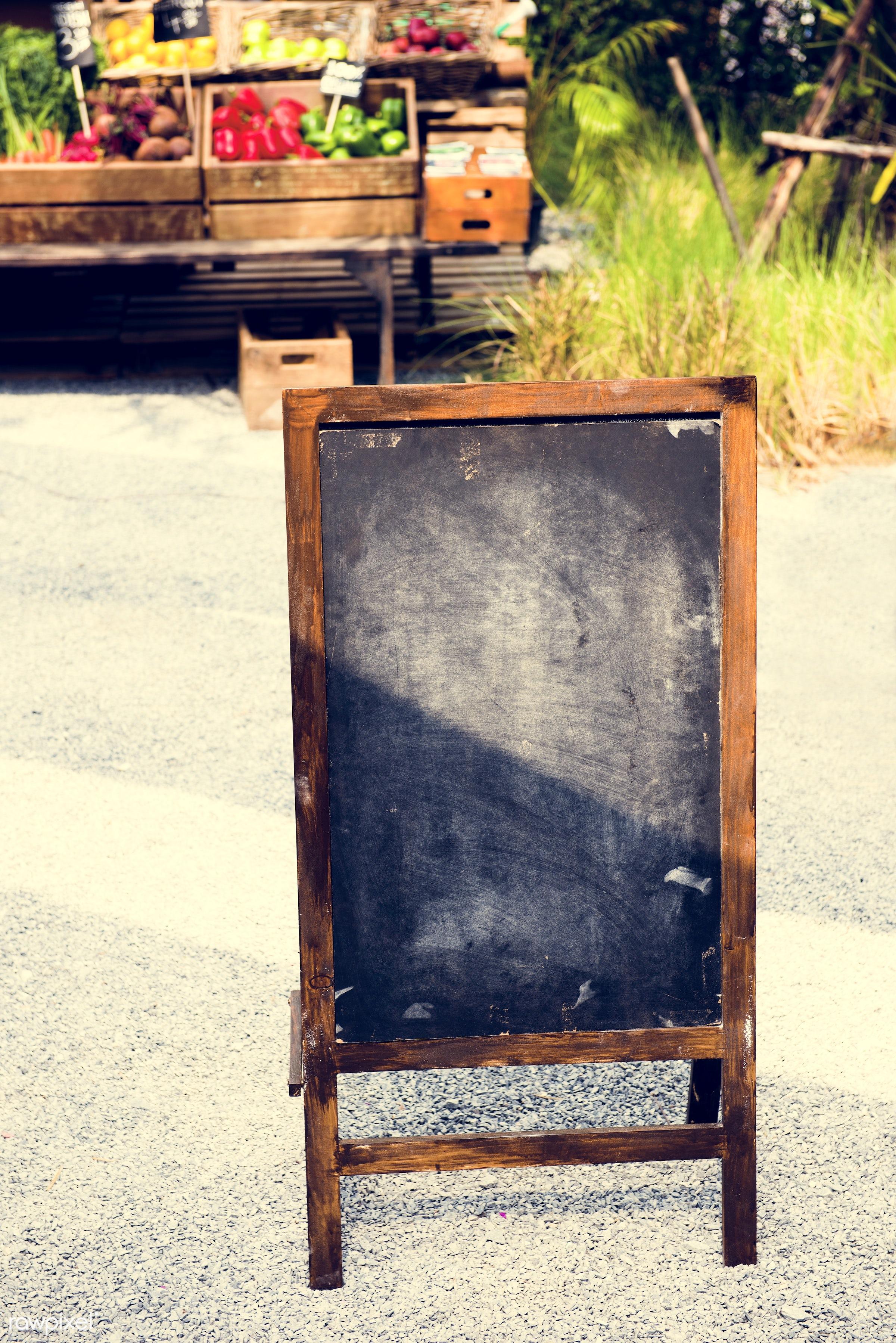 copy space, chalkboard, show, consumer, farm, placard, farmer, sell, fresh, empty, products, wooden box, blank, selling,...