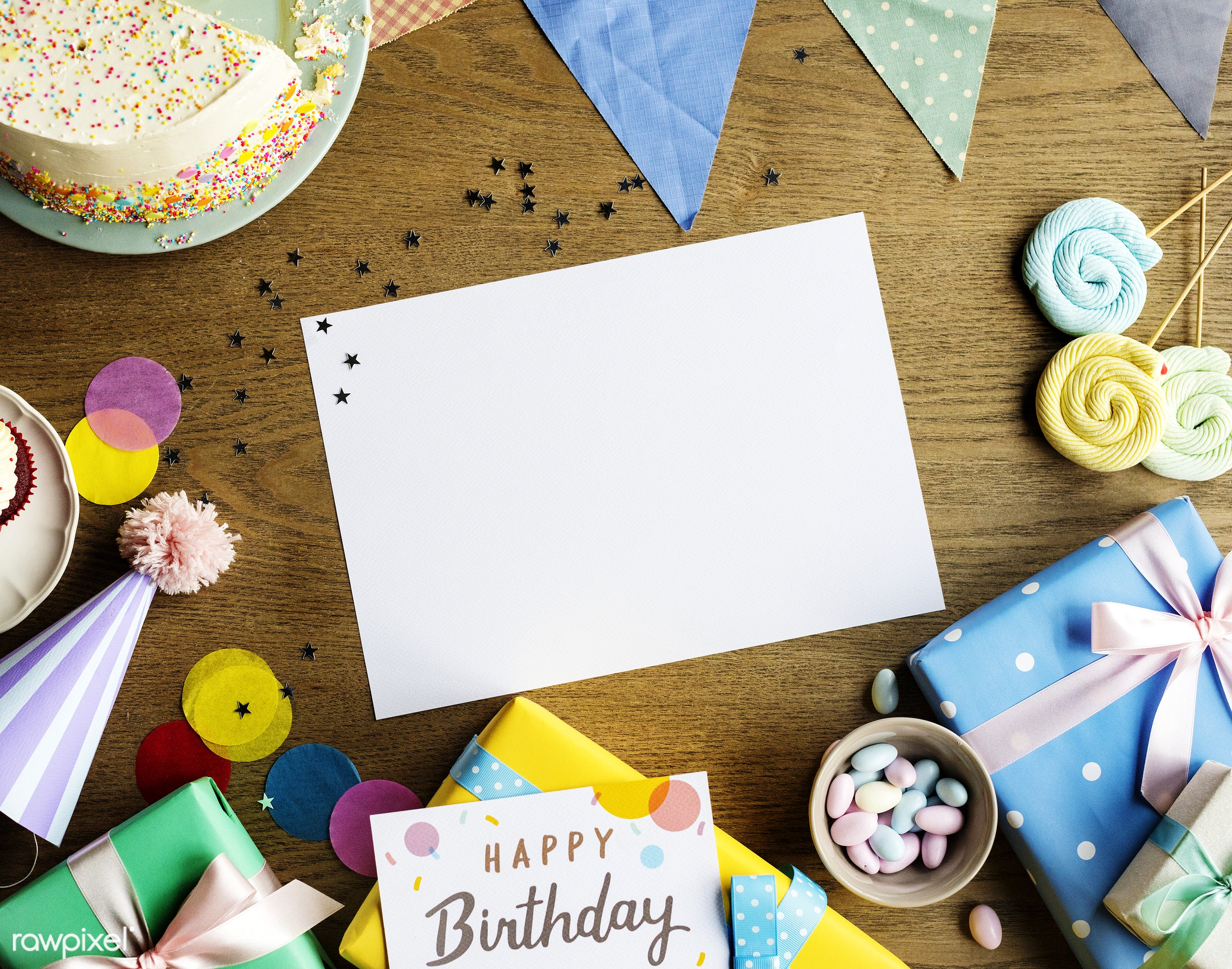 birthday, nobody, copy space, gift, relax, occasion, show, party, hat, bakery, happy, gather, gathering, wooden background,...