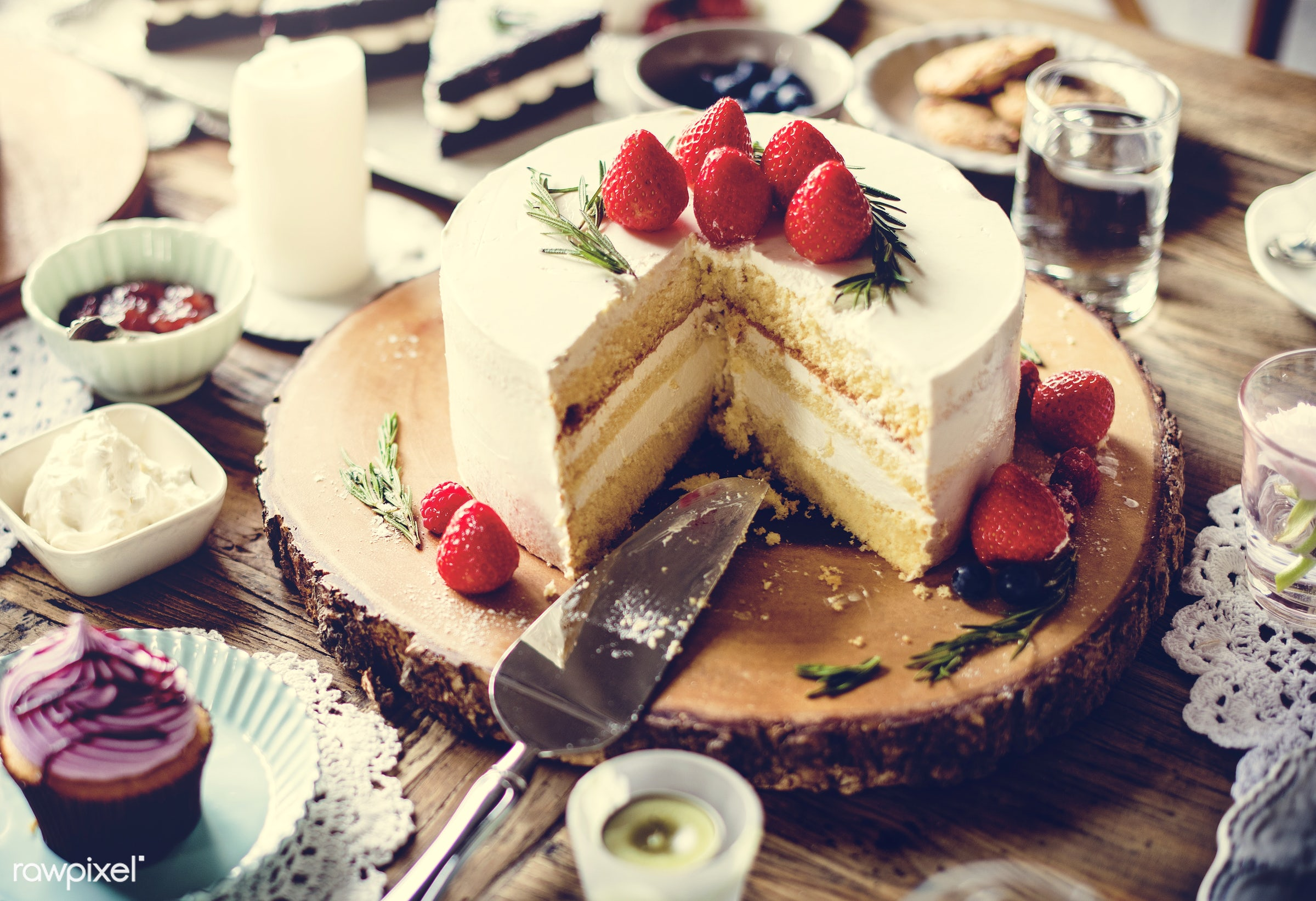 dish, nobody, recipe, party, tea, tea party, break, bakery, frosting, event, gourmet, dessert, cake, fruit, strawberry,...
