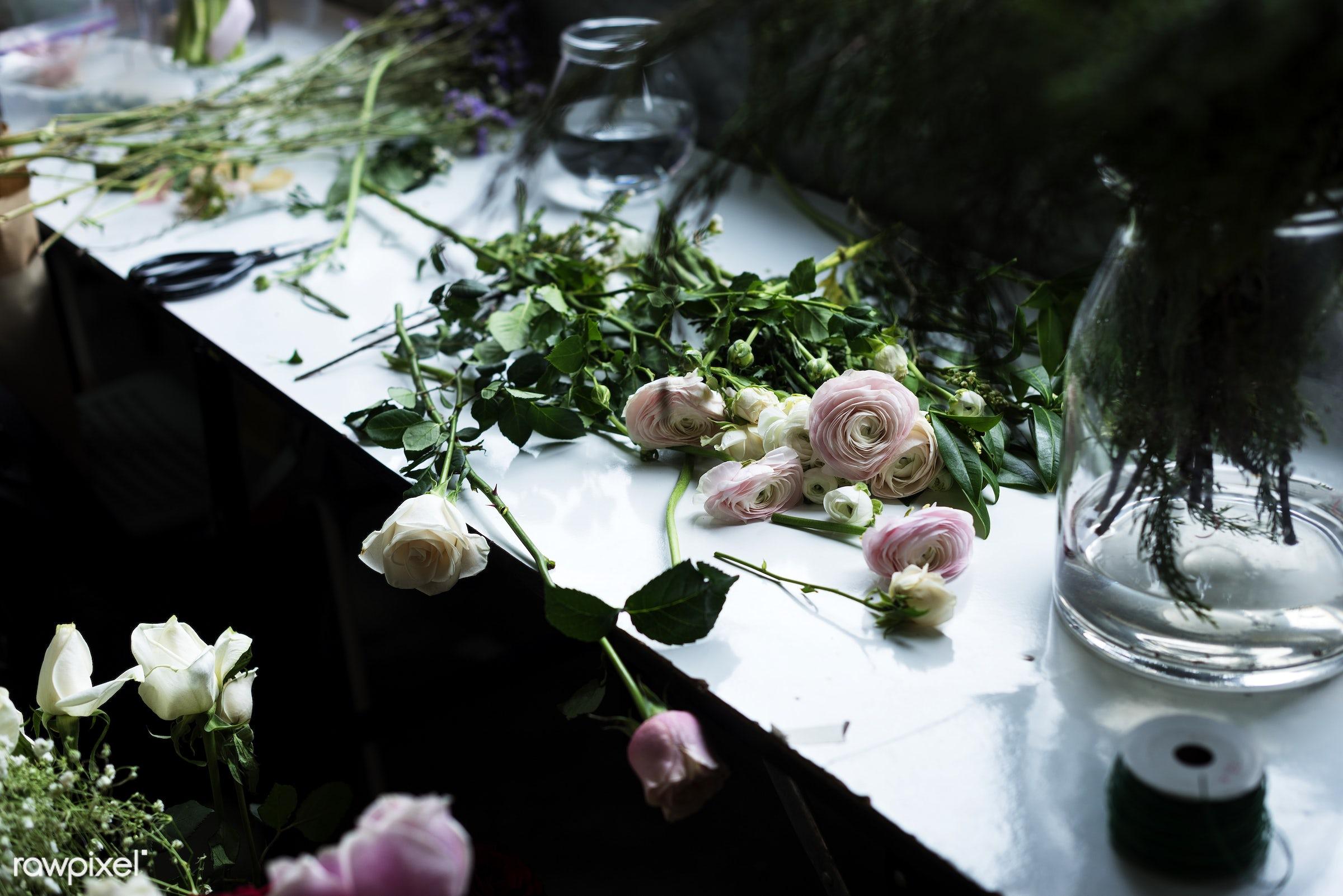 Fresh Roses Flowers Arrangement Decorative - spring, florist, floral, rose, arrangement, attractive, beautiful, bloom,...