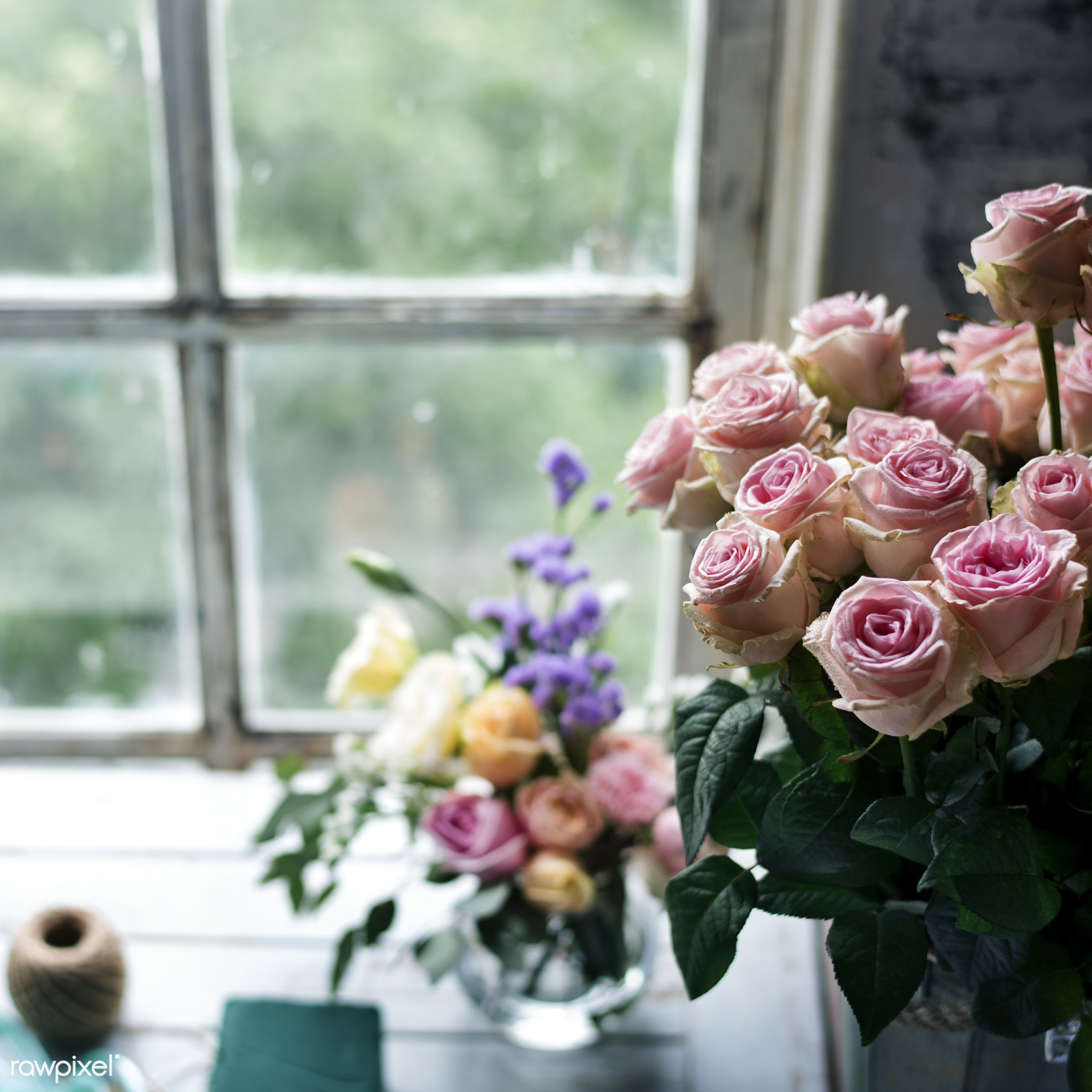 Closeup of a bouquet of roses - bouquet, bunch, closeup, flowers, fresh, natural, pink, real, roses, window