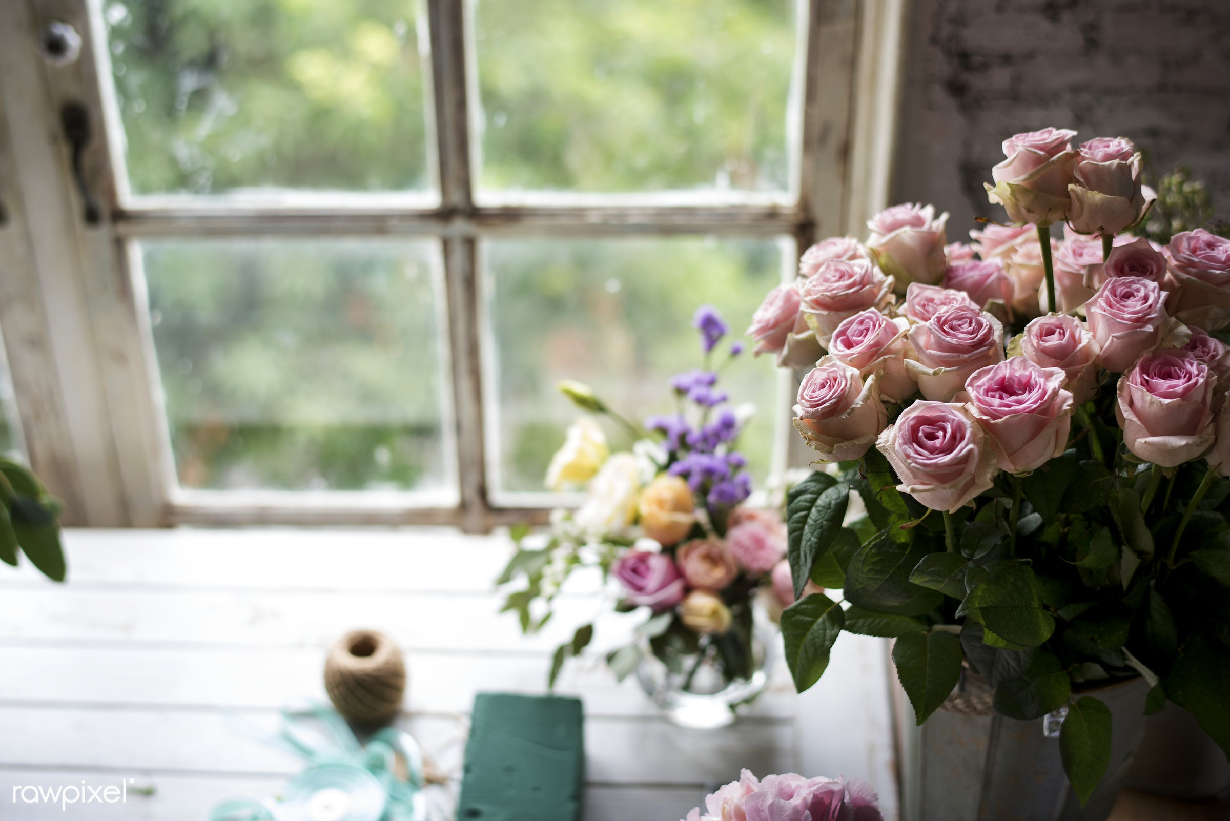 Closeup of a bouquet of roses - bunch, real, bouquet, fresh, flowers, natural, closeup, roses, window, pink