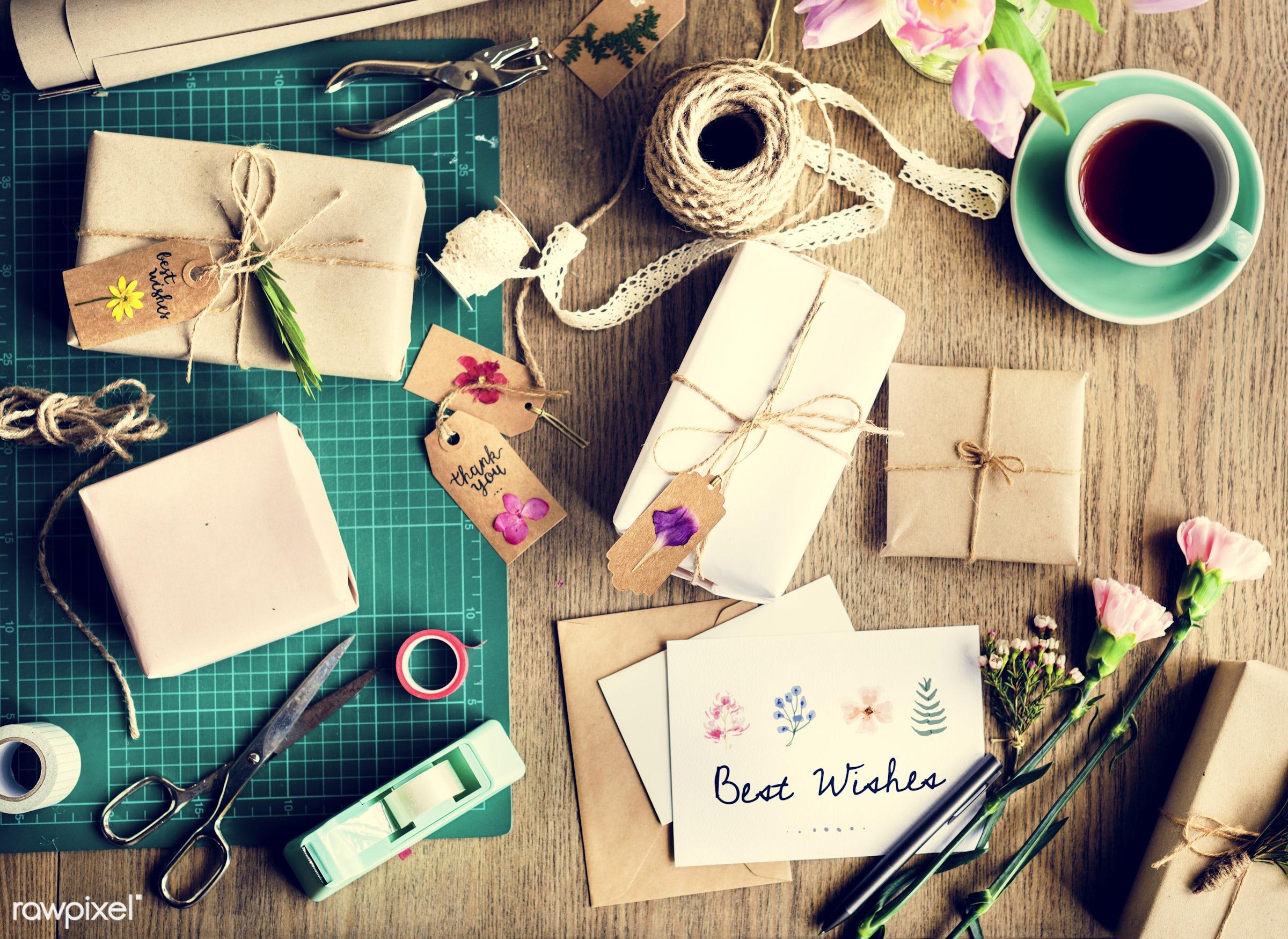 nobody, detail, gift, decorative, wish, handicraft, writing, show, dried, attractive, written, write, wooden background,...