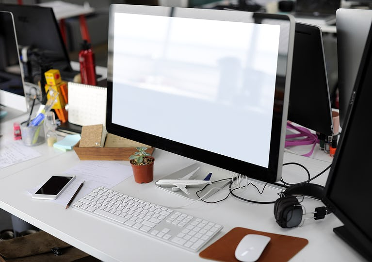 Showing Computer Screen on Office Table