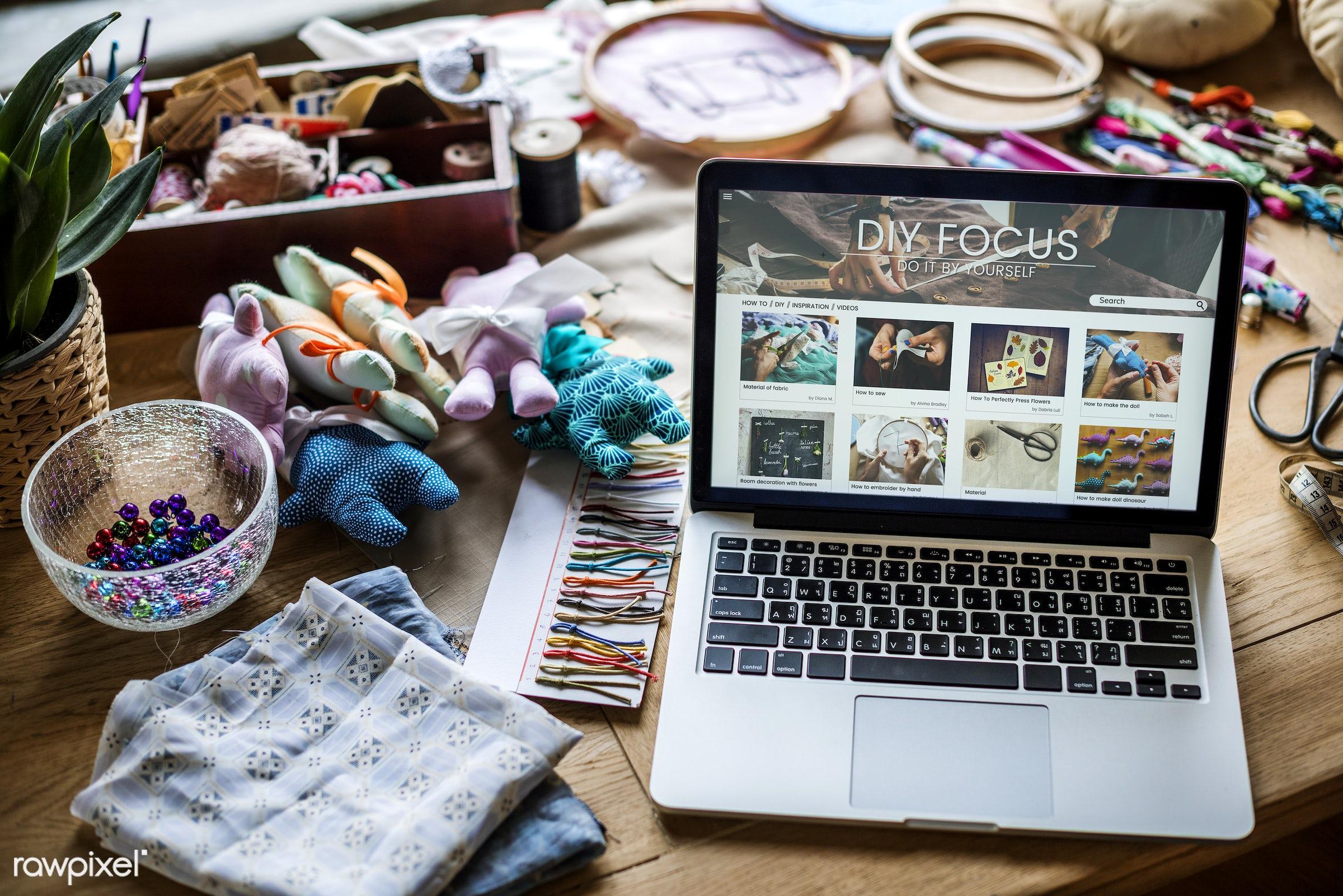 nobody, person, handicraft, homemade, handiwork, diy, online, hands, casual, thread, laptop, handwork, embroidery hoop,...