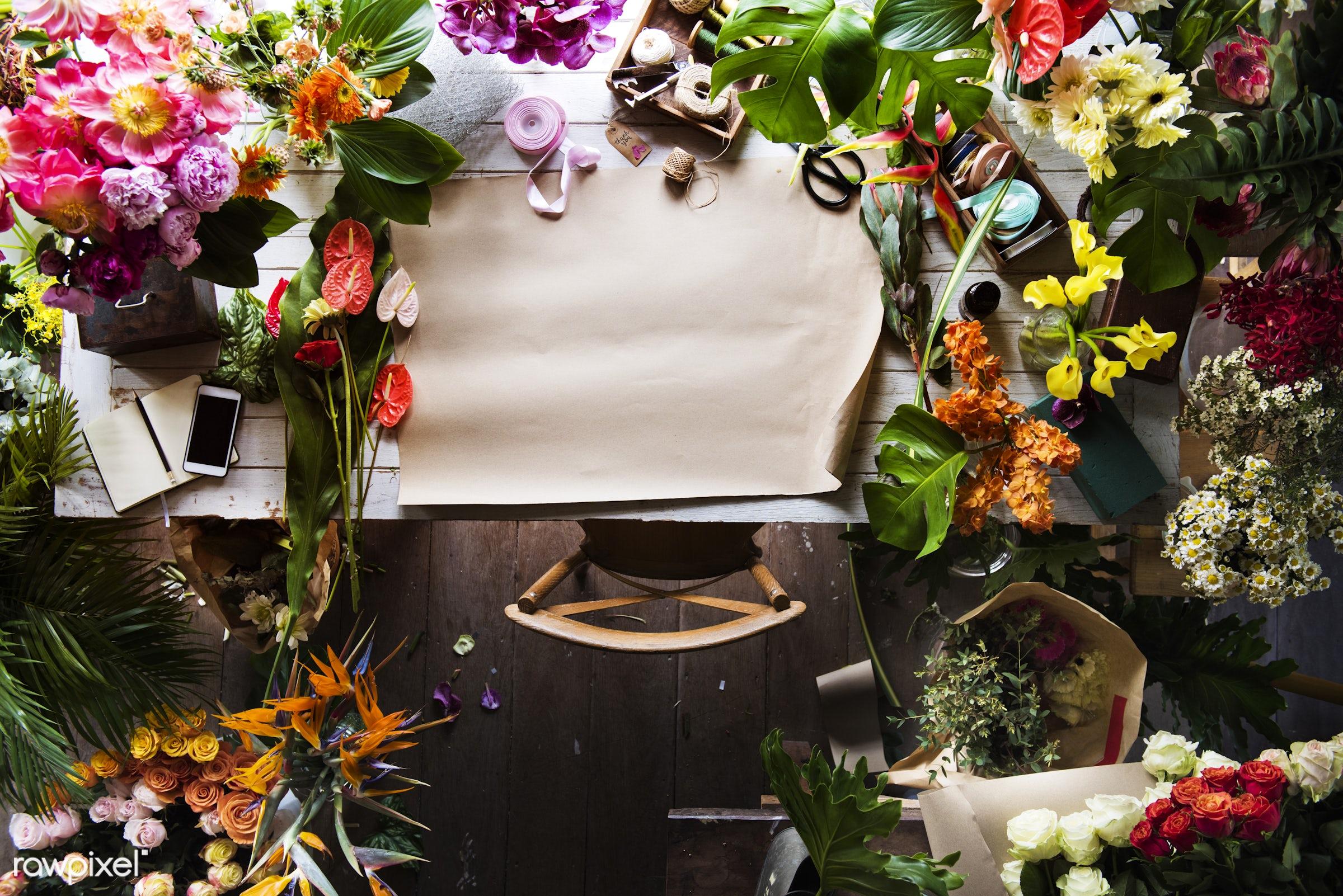 plant, copy space, fresh, mobile phone, aerial view, flower, blank, decoration, flora, refreshment, leisure, table, florist...