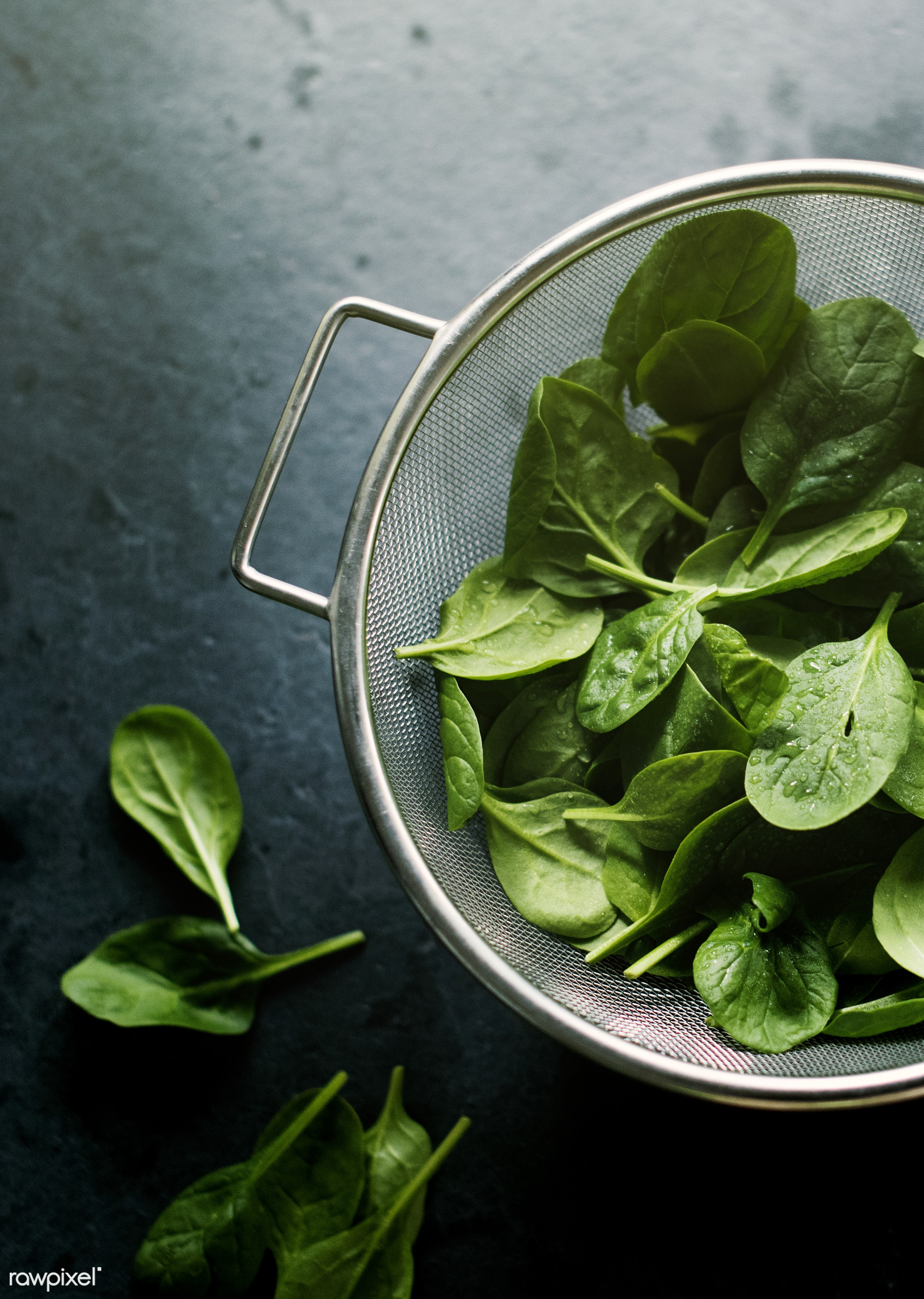 raw, plant, nobody, bowl, sieve, leaves, black background, real, organic, nature, fresh, food, background, spinach,...