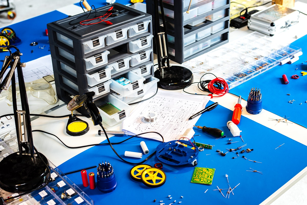 Various electronic tools on the table