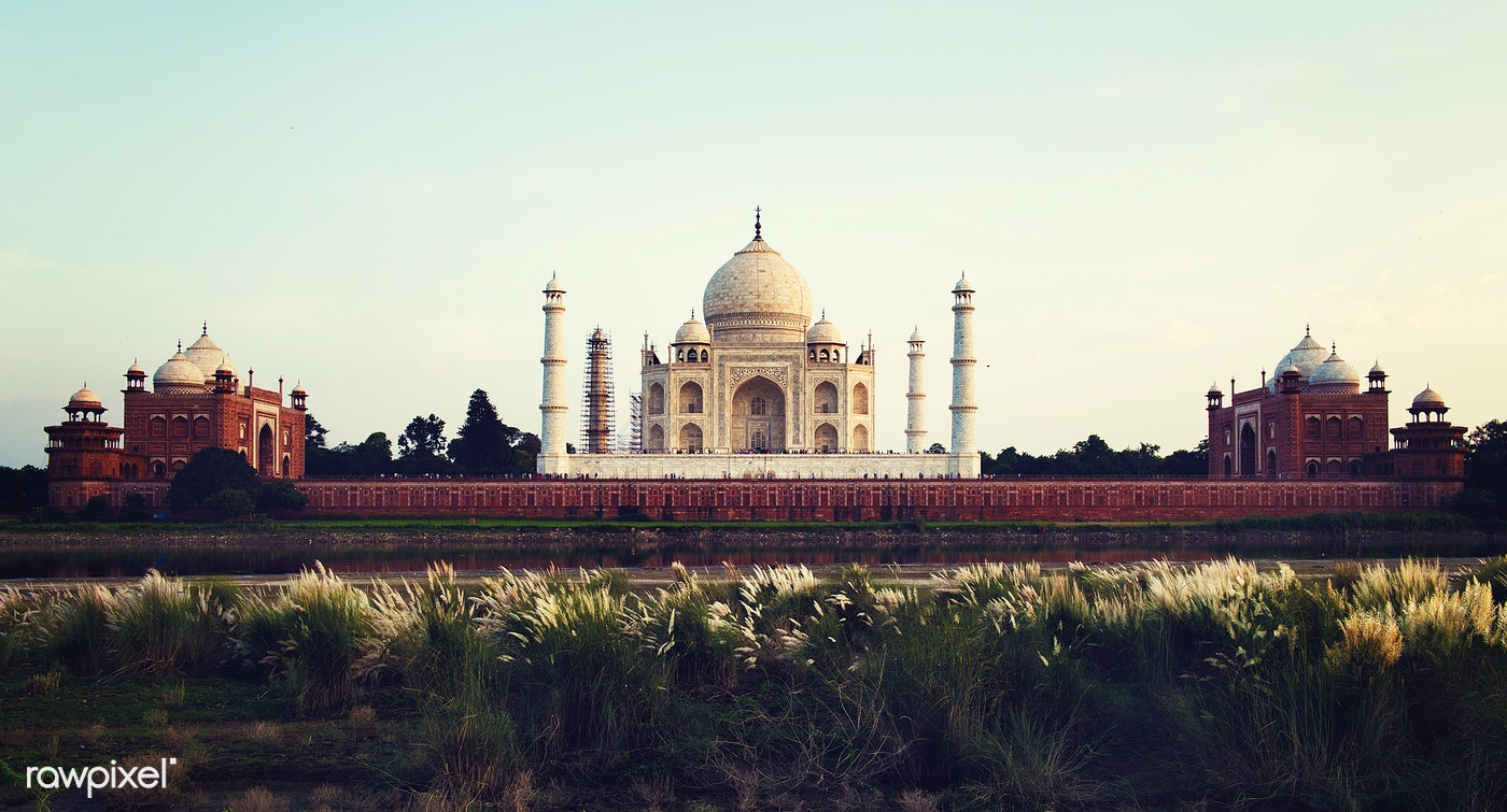 Download Premium Image Of View Of The Taj Mahal With Tourist Silhouettes