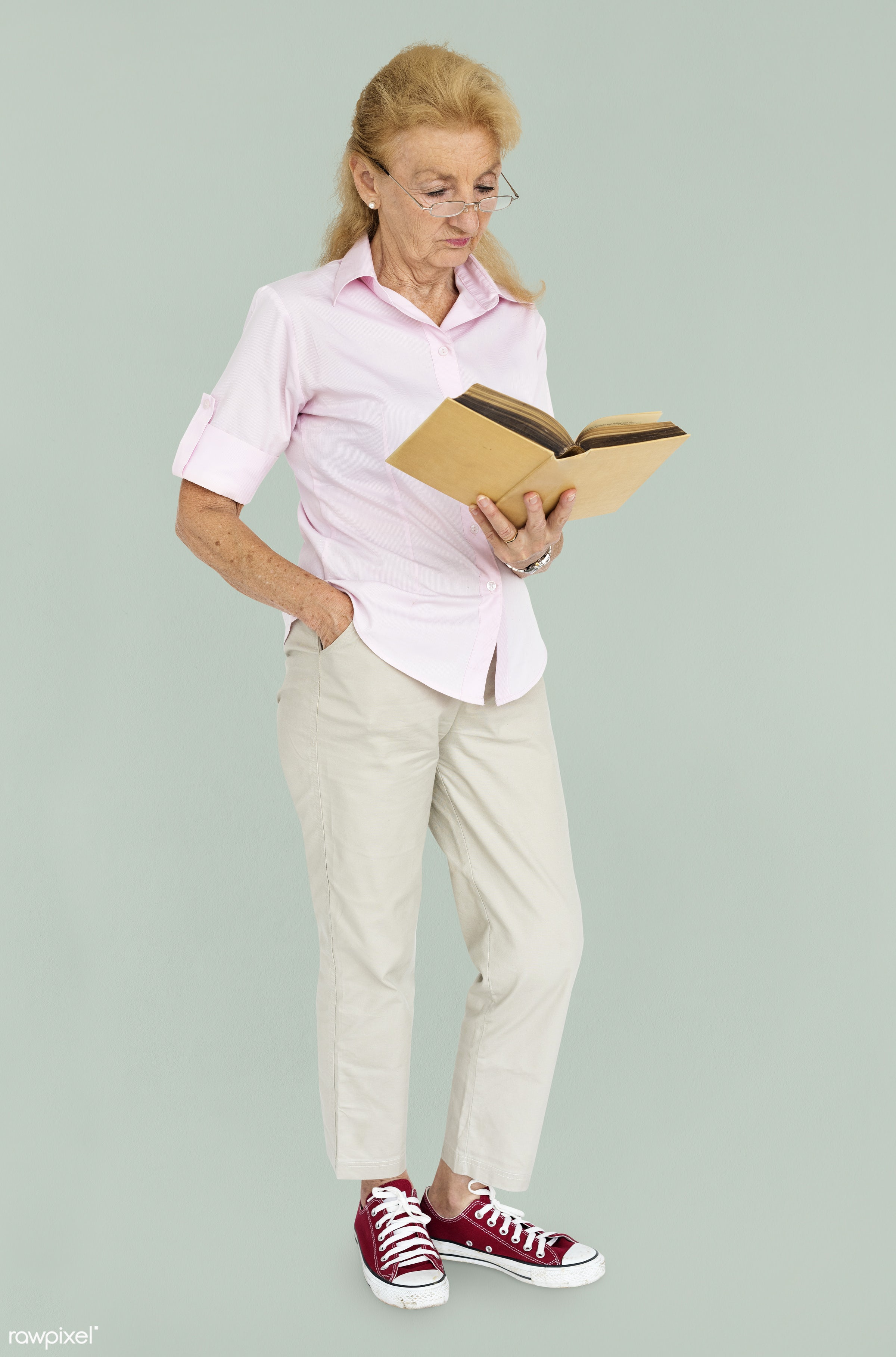 expression, studio, person, reading, people, caucasian, girl, woman, american, read, isolated, full body, white, adult,...