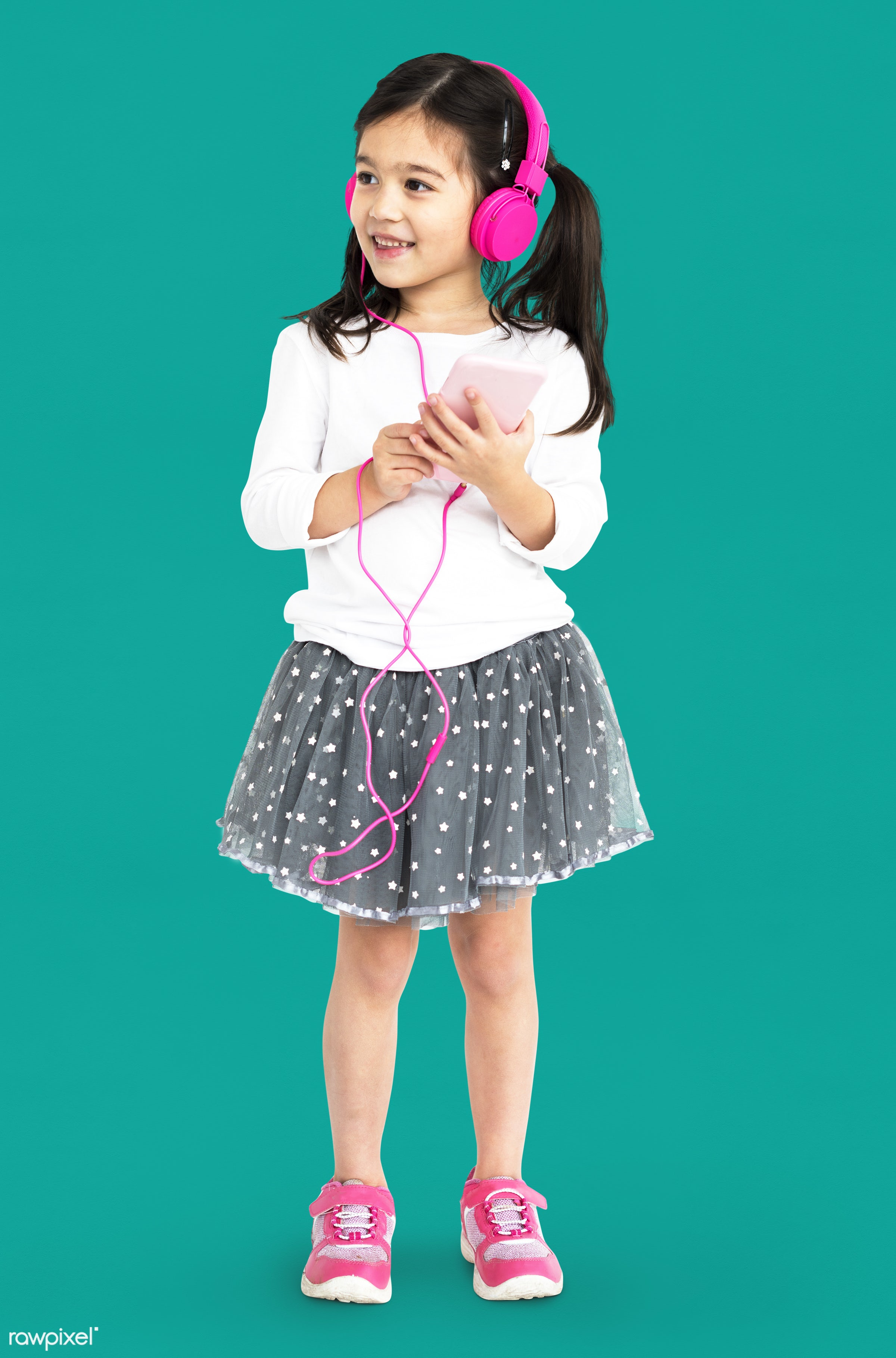 studio, expression, using, person, technology, full length, little, recreation, people, kid, childhood, smart phone,...