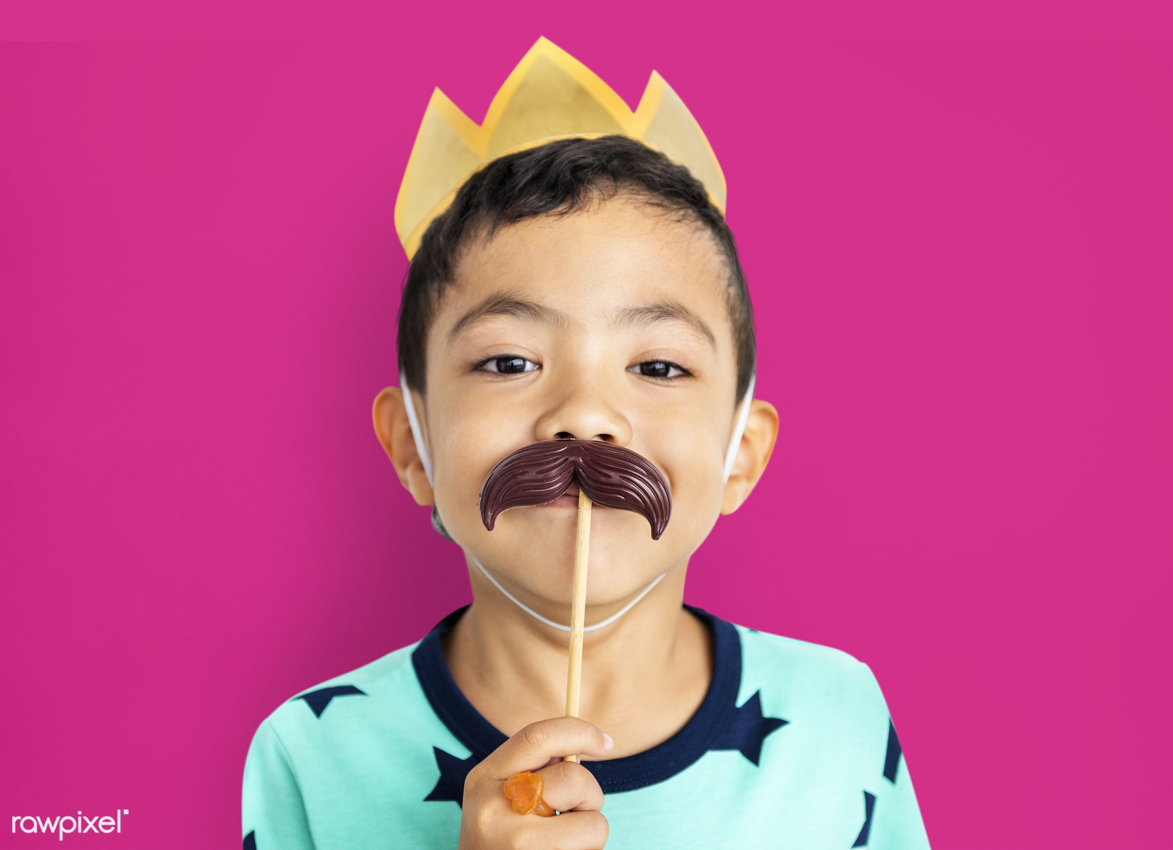 studio, expression, person, crown, cute, pretty, people, king, child, happy, casual, childhood, cheerful, smiling, isolated...