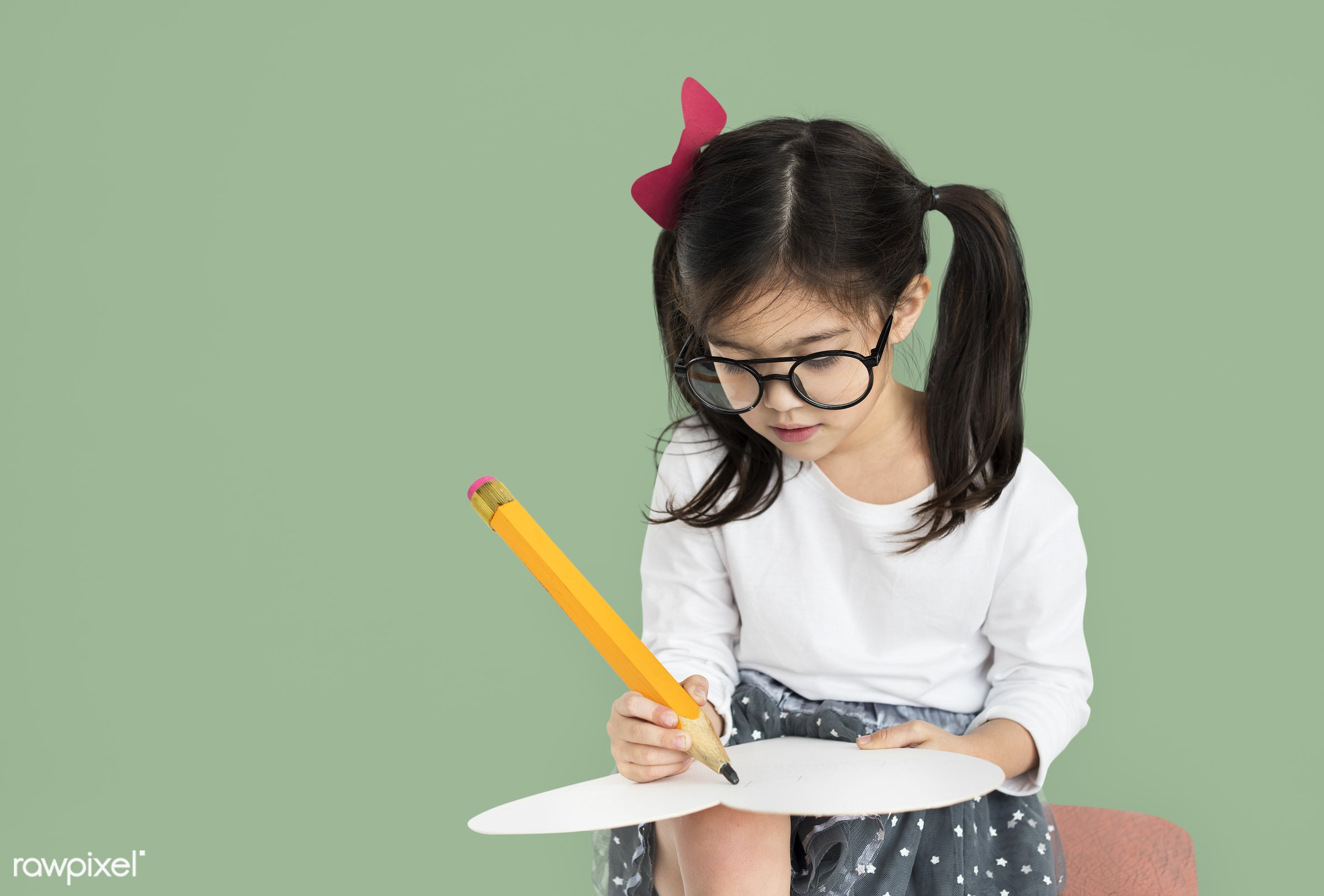 studio, expression, person, little, big pencil, cute, people, drawing, caucasian, draw, child, girl, casual, sketching,...