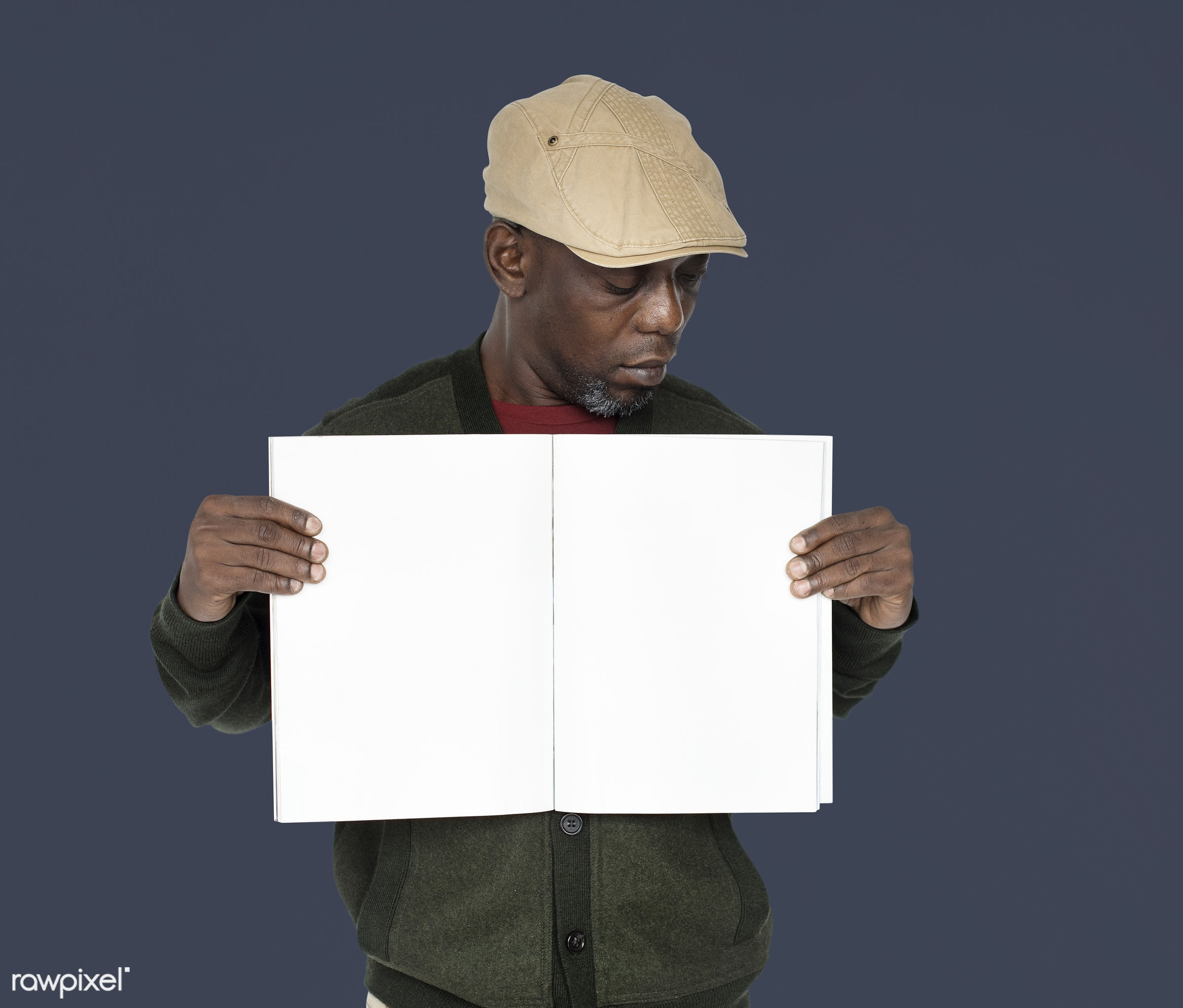 expression, studio, model, person, holding, copyspace, paper, advertising, people, looking, style, casual, empty, showing,...