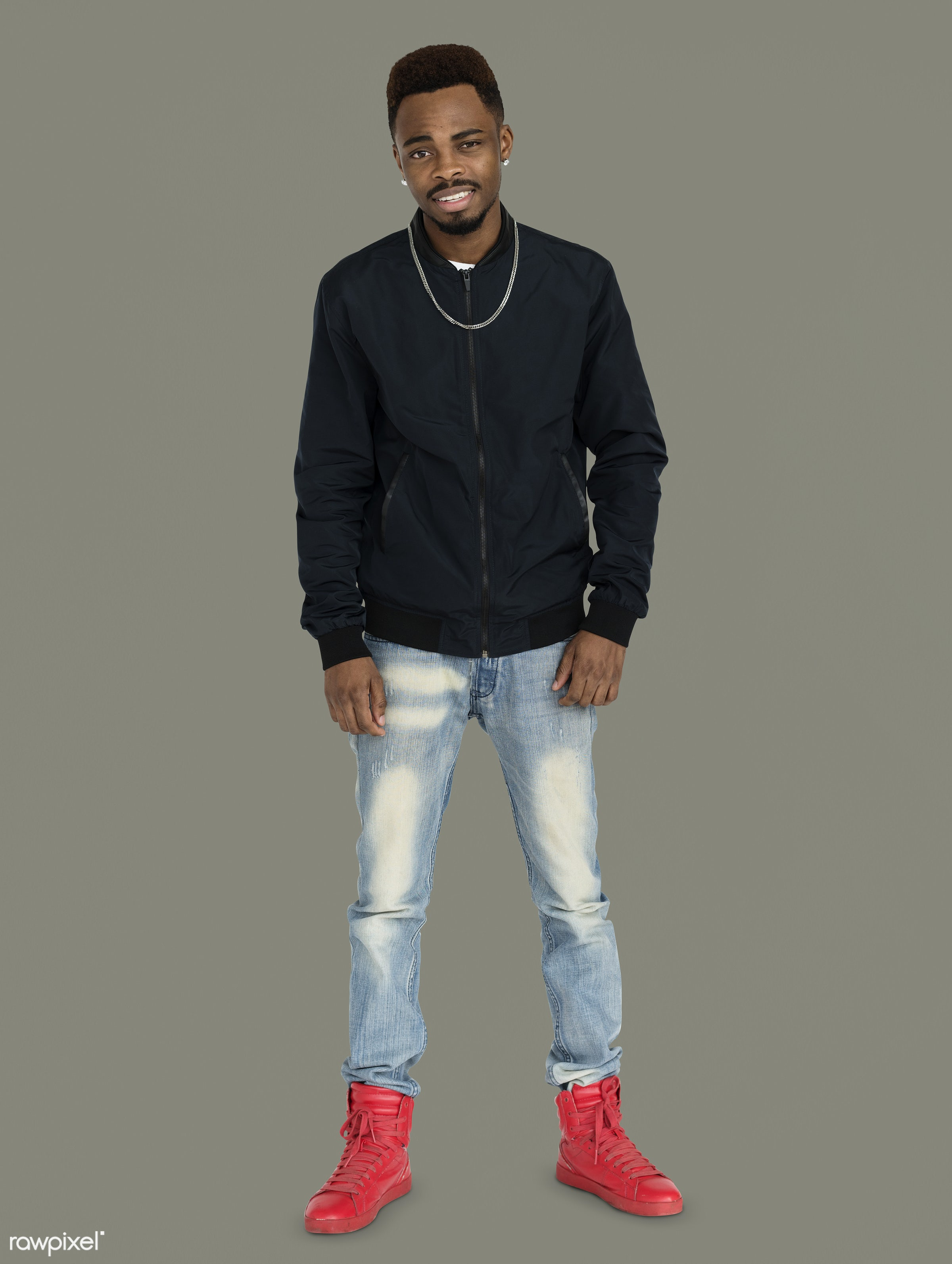 studio, expression, face, person, joy, people, style, solo, fresh, happy, casual, grey, smile, cheerful, man, smiling, black...