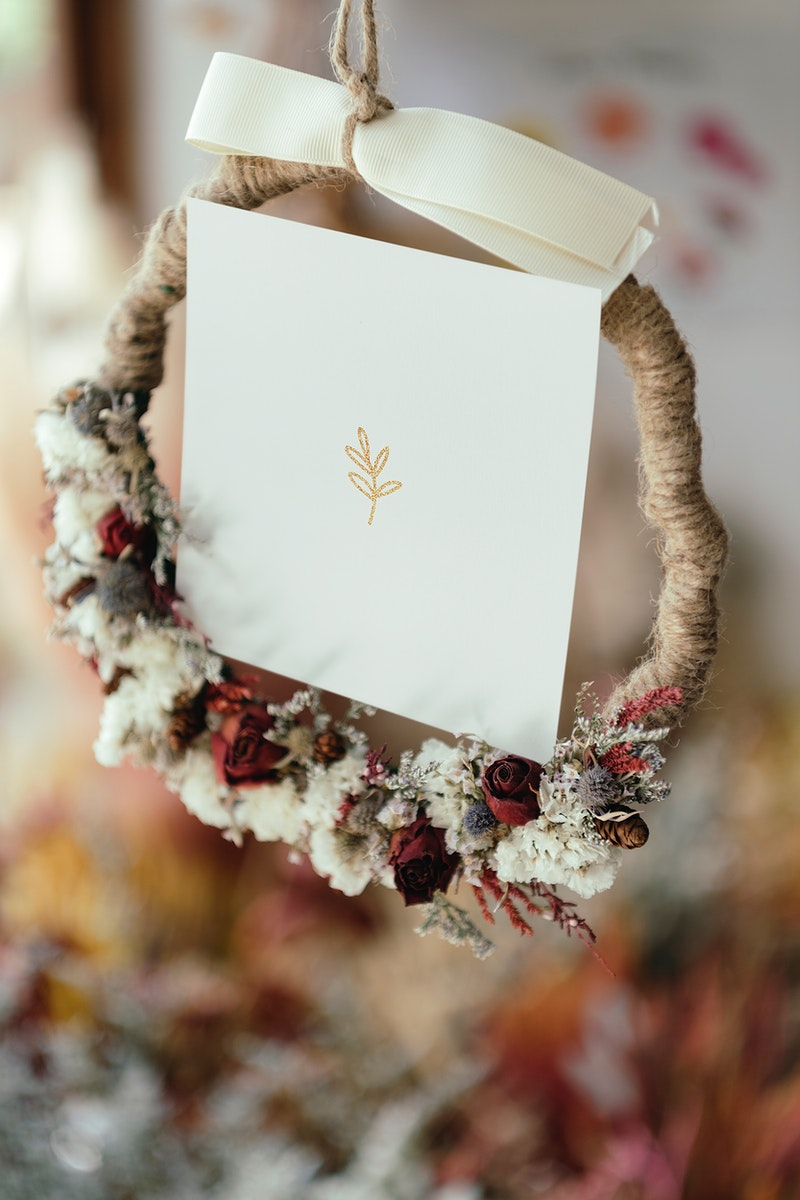 Dried flowers wreath with a white card mockup