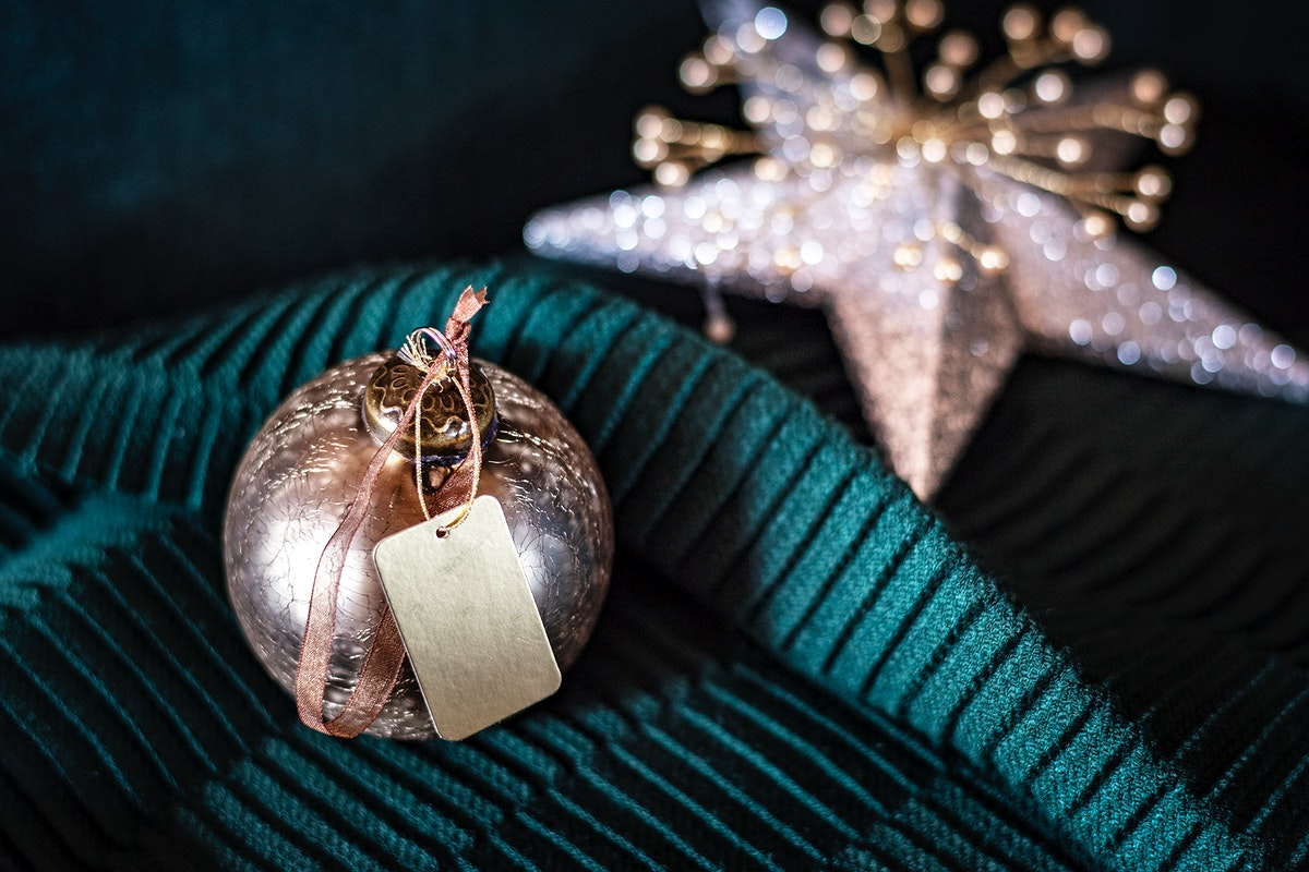 Festive bauble with a blank tag