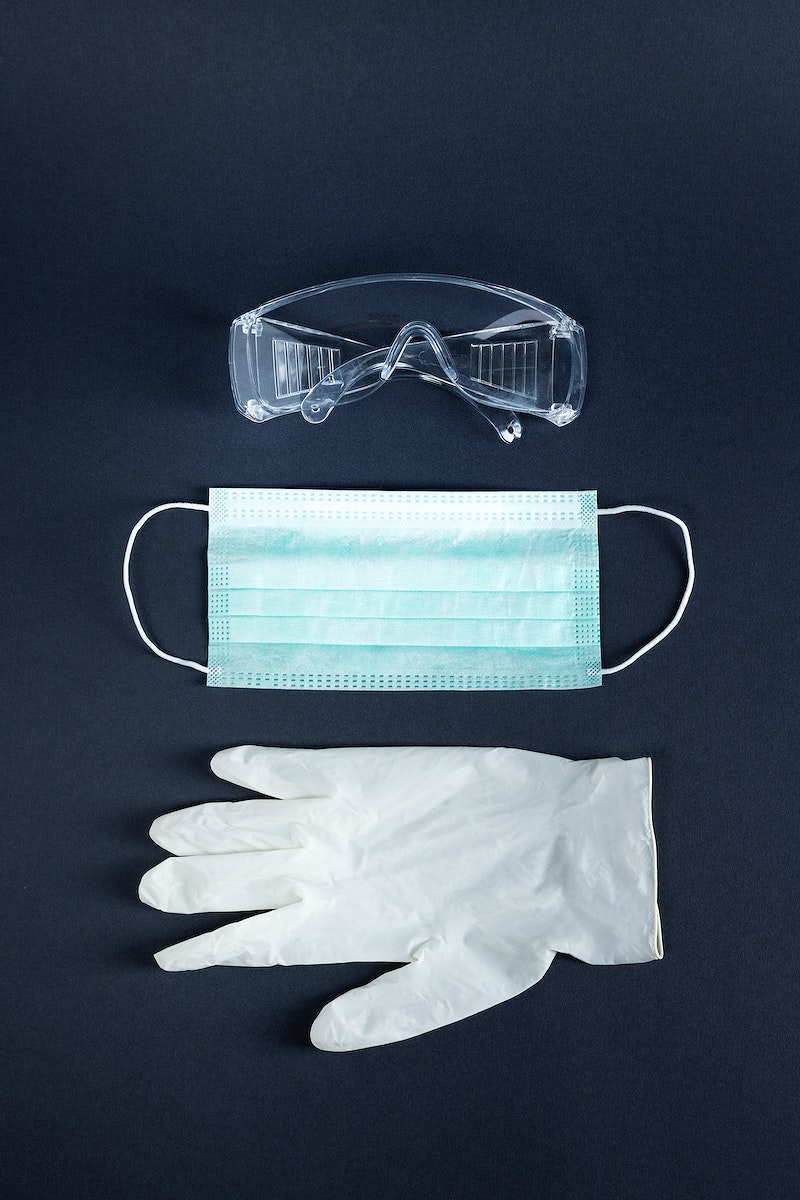 Face mask with goggle and latex gloves for coronavirus protection