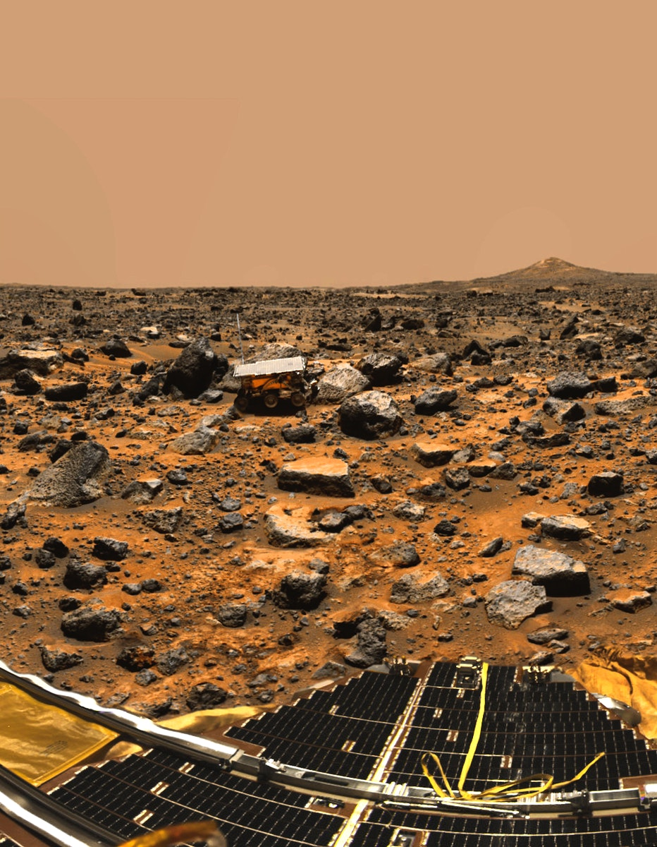 Pathfinder on Mars. Dec 12th, 1997. Original from NASA. Digitally enhanced by rawpixel.