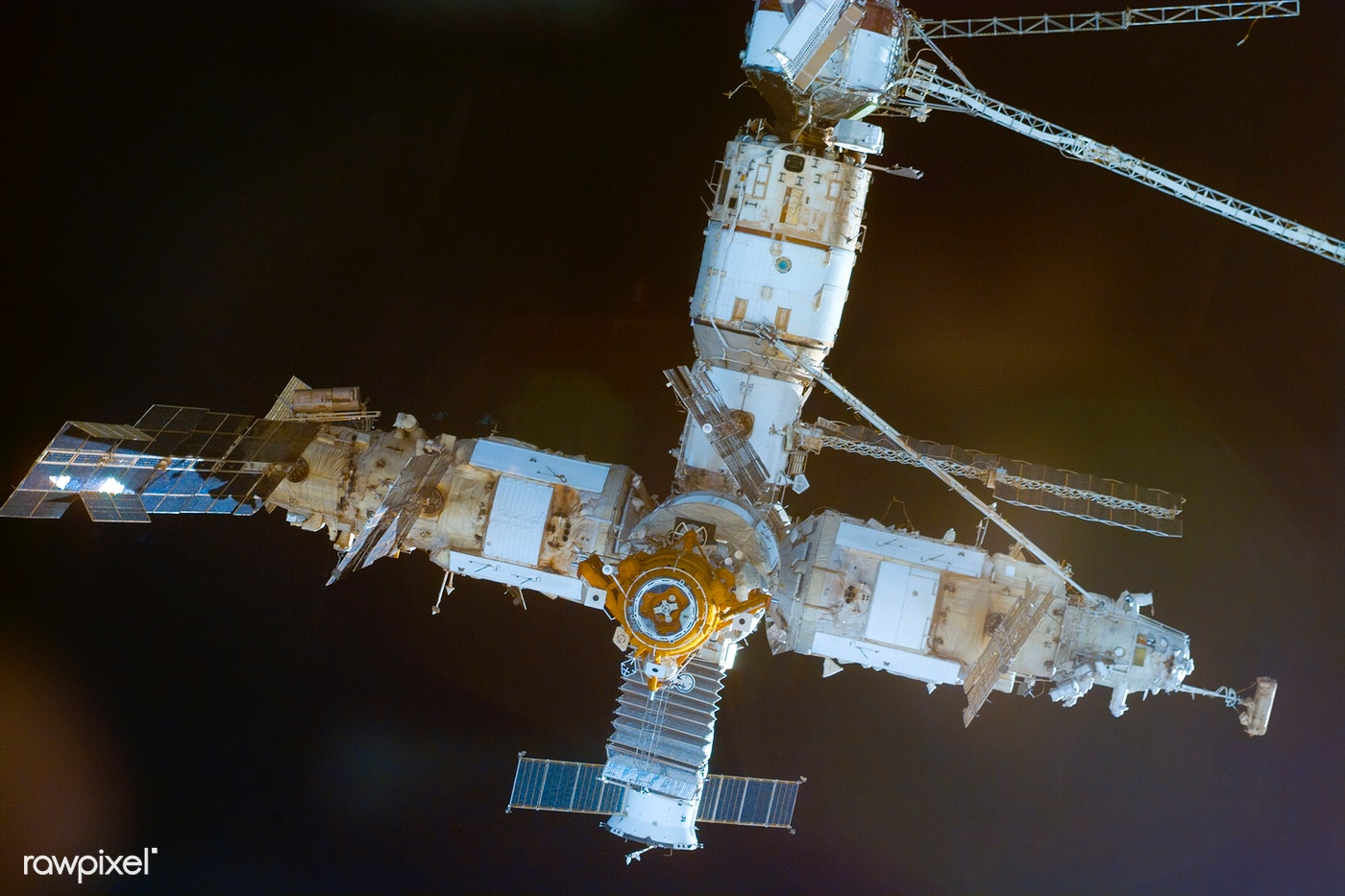 The Mir Space Station Rapidly Approaches The Nasa Mir Link Ups