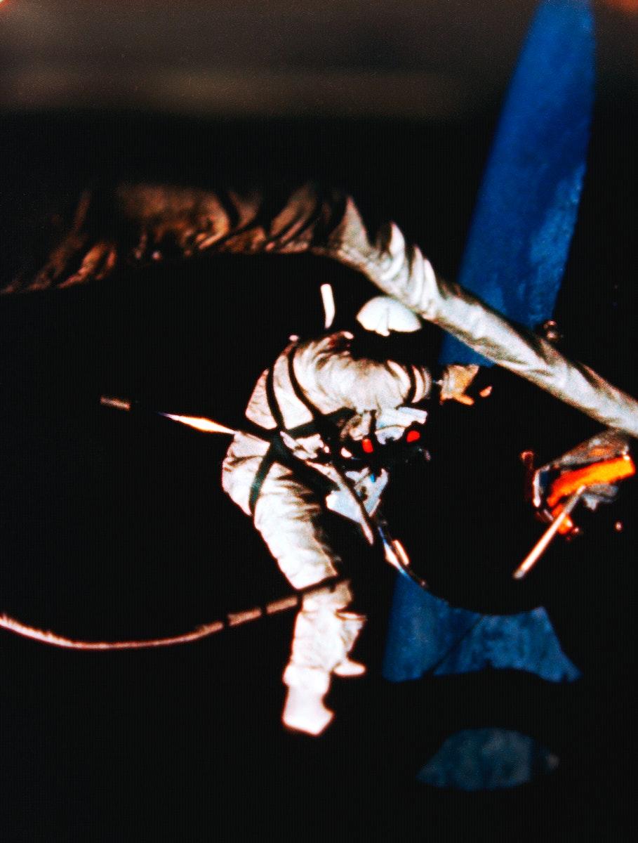 Astronaut Edwin E. Aldrin Jr., pilot of the Gemini-12 spaceflight, performs extravehicular activity (EVA) during the second…
