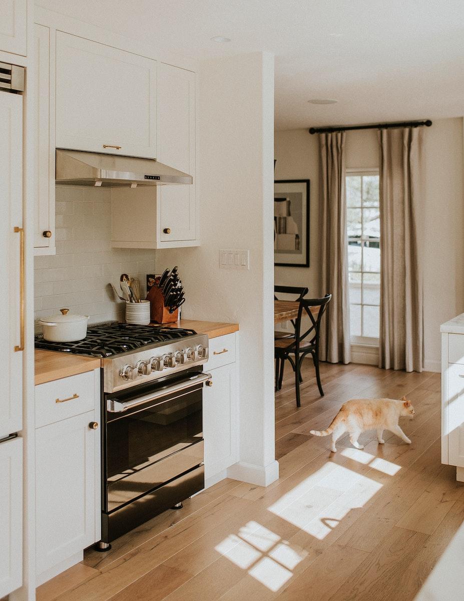 Modern black kitchen stovetop design
