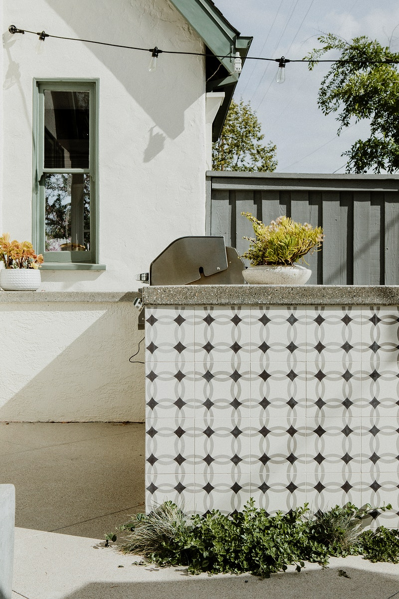 Outdoor tiled bar in a home