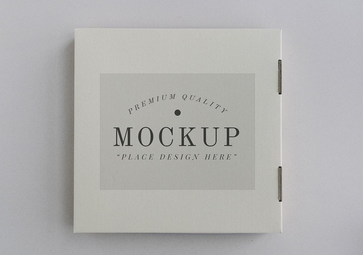 Closed delivery pizza box mockup