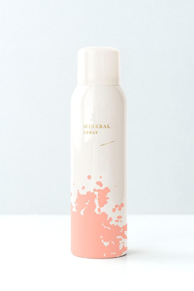 Beauty spray bottle mockup design