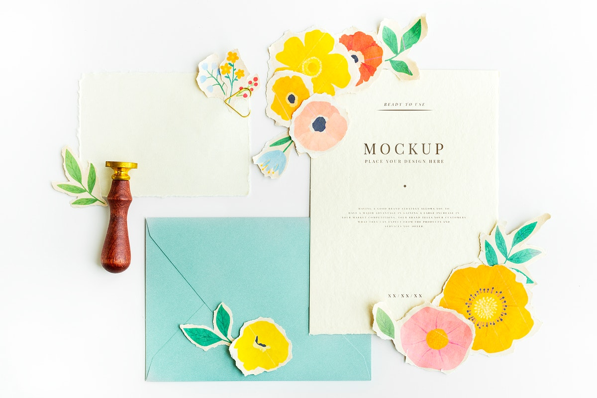 Cards template mockup with paper craft flowers