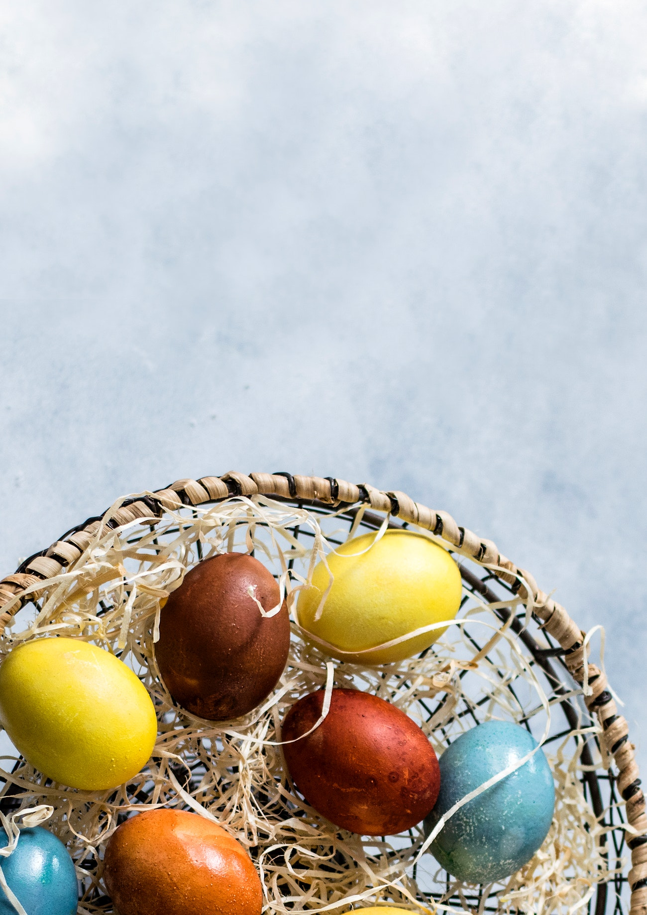 Colorful easter eggs | Free photo - 2226094