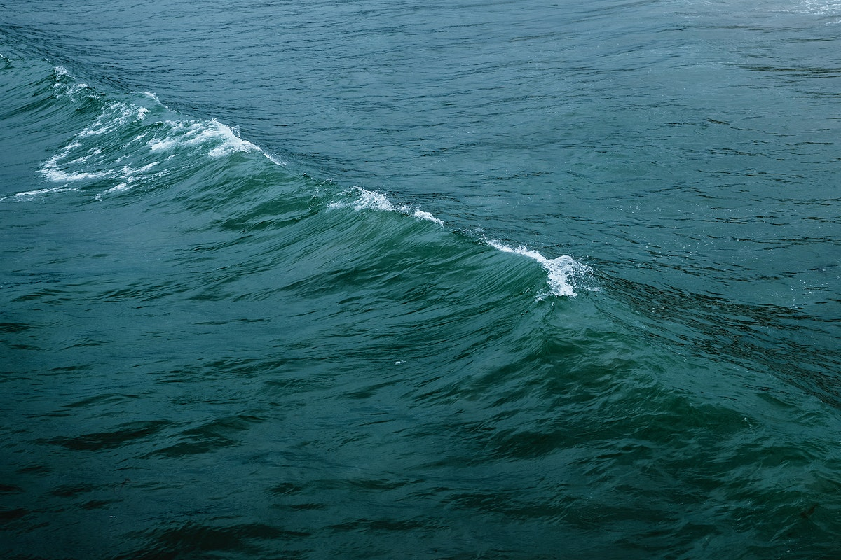 Natural wave over the sea