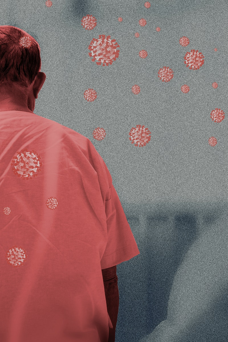 Elderly man in the hospital infected with the coronavirus