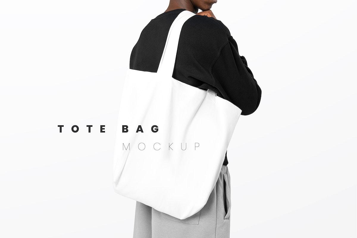 Editable tote bag psd mockup template men's apparel ad