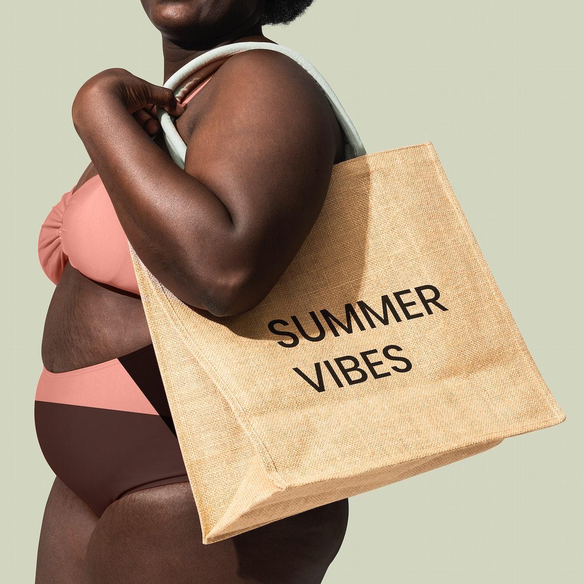 Tote bag mockup psd summer vibes text